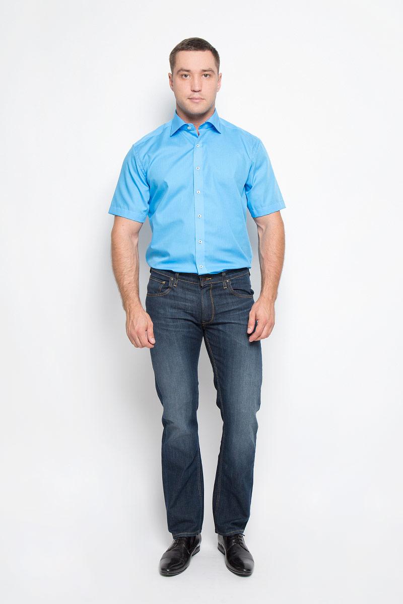 Рубашка мужская Eterna, цвет: голубой. 1143_60_C167_38-46. Размер 411143_60_C167_38-46Стильная мужская рубашка Eterna, выполненная из эластичного хлопка подчеркнет ваш уникальный стиль и поможет создать оригинальный образ. Такой материал великолепно пропускает воздух, обеспечивая необходимую вентиляцию, а также обладает высокой гигроскопичностью. Рубашка с короткими рукавами и отложным воротником застегивается на пуговицы спереди. Классическая однотонная рубашка - превосходный вариант для базового мужского гардероба и отличное решение на каждый день.Такая рубашка будет дарить вам комфорт в течение всего дня и послужит замечательным дополнением к вашему гардеробу.