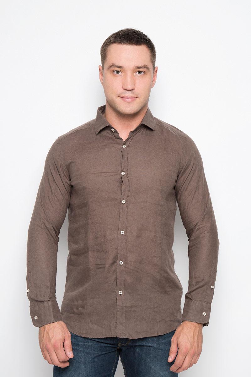 Рубашка мужская And Camicie, цвет: коричневый. 136T621S_9589. Размер S (48)136T621S_9589Мужская рубашка And Camicie выполнена из льна. Материал изделия легкий, тактильно приятный, не сковывает движения и хорошо пропускает воздух. Рубашка с отложным воротником и длинными рукавами застегивается спереди на пуговицы по всей длине. На манжетах также предусмотрены застежки-пуговицы.Такая рубашка будет дарить вам комфорт в течение всего дня и станет стильным дополнением к вашему гардеробу.