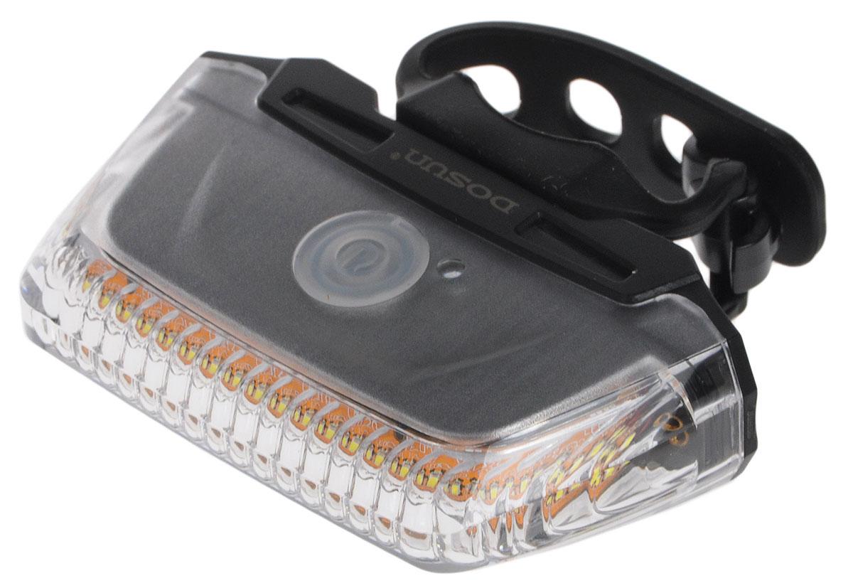 Фонарь велосипедный Dosun LF260, габаритный, передний, с зарядкой от USB, цвет: черный, прозрачныйLF260Яркий светодиодный задний фонарь Dosun Line LF260 предназначен для обеспечения большей безопасности при поездках в темное время суток. Работает от аккумулятора, заряжающегося от компьютера при помощи USB кабеля (входит в комплект). Фонарь имеет легкий и прочный водонепроницаемый корпус, устойчивый к царапинам. Удобное крепление позволяет разместить фонарь на одежде, рюкзаке или на раме велосипеда. Он быстро устанавливается и также быстро снимается при необходимости. Имеет 3 режима работы: 2 разных яркости свечения и мигание.Время свечения в разных режимах: 3 часа и 6 часов.Время мигания: 6 часов.Время зарядки: 2,5 часа.Размер фонаря (без учета крепления): 7,5 х 4,1 х 2 см.
