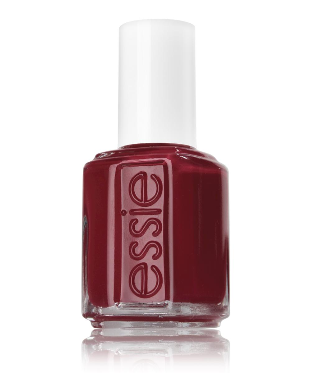 Essie professional Лак для ногтей Классическая 729 ОГРАНИЧЕННЫЙ ВЫПУСК, 13,5 млP0406101Essie professional - эксперт салонного маникюра в США с 1981 года, был основан в Нью-Йорке Эсси Вайнгартен. Essie professional любят за уникальный подход к цвету, неповторимые названия, которые задали тренд в нейл индустрии. Essie professional - это современный тренд для бьюти профессионалов, инсайдеров индустрии, знаменитостей и модных женщин более чем в 100 странах мира. Авторитет в мире цвета Essie professional блистает на подиумах всего мира от Нью-Йорка до Парижа. Звездная линейка уходов и более 900 оттенков созданными за всю историю бренда полностью соответствуют всем стандартам безопасности. Essie предлагает изысканные коллекции, созданные эксклюзивно Международным Директором по Цвету Ребеккой Минкофф, известным Нью-Йоркским дизайнером.
