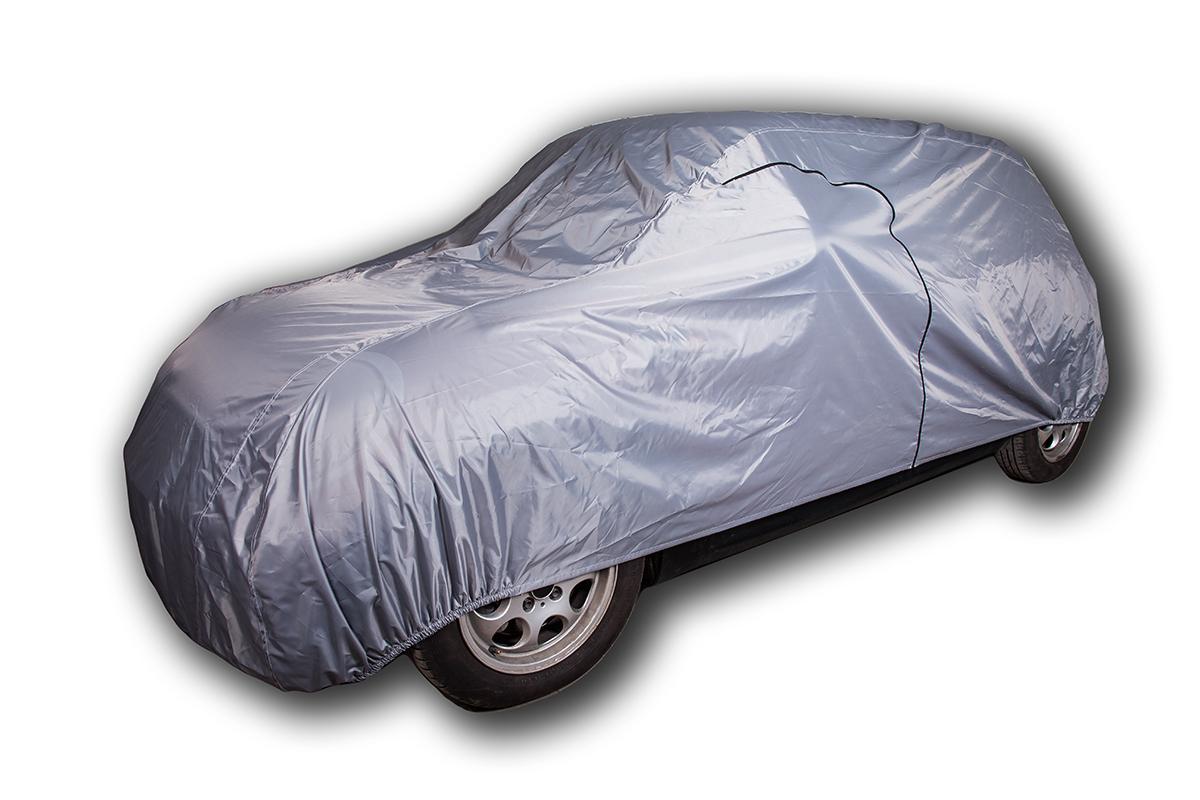 Защитный тент-чехол для автомобиля AvtoTink, водонепроницаемый, размер М, 433-450 х 165 x 120 см1102Универсальный чехол AvtoTink, изготовленный из высококачественной дышащей ткани оксфорд, защитит автомобиль от пыли, песка, грязи и пыльцы, снега и льда. Вшитые резинки стягивают нижний край тента под обоими бамперами, что позволяет плотно зафиксировать чехол на транспортном средстве. Чехол дополнен двойными швами и молнией для двери водителя, а серебристая окраска служит прекрасным светоотражателем.Чтобы любое транспортное средство служило долгие годы, необходимо не только соблюдать все правила его эксплуатации, но и правильно его хранить. Негативное влияние на состояние автомобиля оказывают прямые солнечные лучи, влага, пыль, которые не только могут вызвать коррозию внешних металлических поверхностей, но и вывести из строя внутренние механизмы транспортных средств. Необходимо создать условия для снижения воздействия этих негативных факторов. Именно для этого и предназначен чехол. Сумка для транспортировки и хранения чехла входит в комплект.