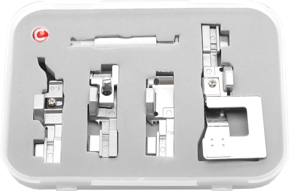 Comfort 05-15 набор лапок для оверлока Comfort 110 (4 шт)Comfort 05-15Набор состоит из нитевдевателя и 4-х лапок для оверлоков Comfort 05-15.- Лапка для потайной строчки. Лапка применяется для пошива поясов трикотажных изделий и выполнения невидимых строчек на изделиях.- Лапка для сосбаривания.Лапка применяется для пошива ступенчатых юбок, оборок, корсажей и т. д. Лапка применяется также для сшивания двух слоев ткани в складку в одну операцию.- Лапка для пришивания резинки.Эта лапка используется для вшивания резинки. - Лапка для прокладывания канта.Применяется для прокладывания шнура и канта между двумя кусками материала.Набор подходит для оверлоков:Comfort 110 Comfort 140 Comfort 150Jaguar 055Jaguar 087DW