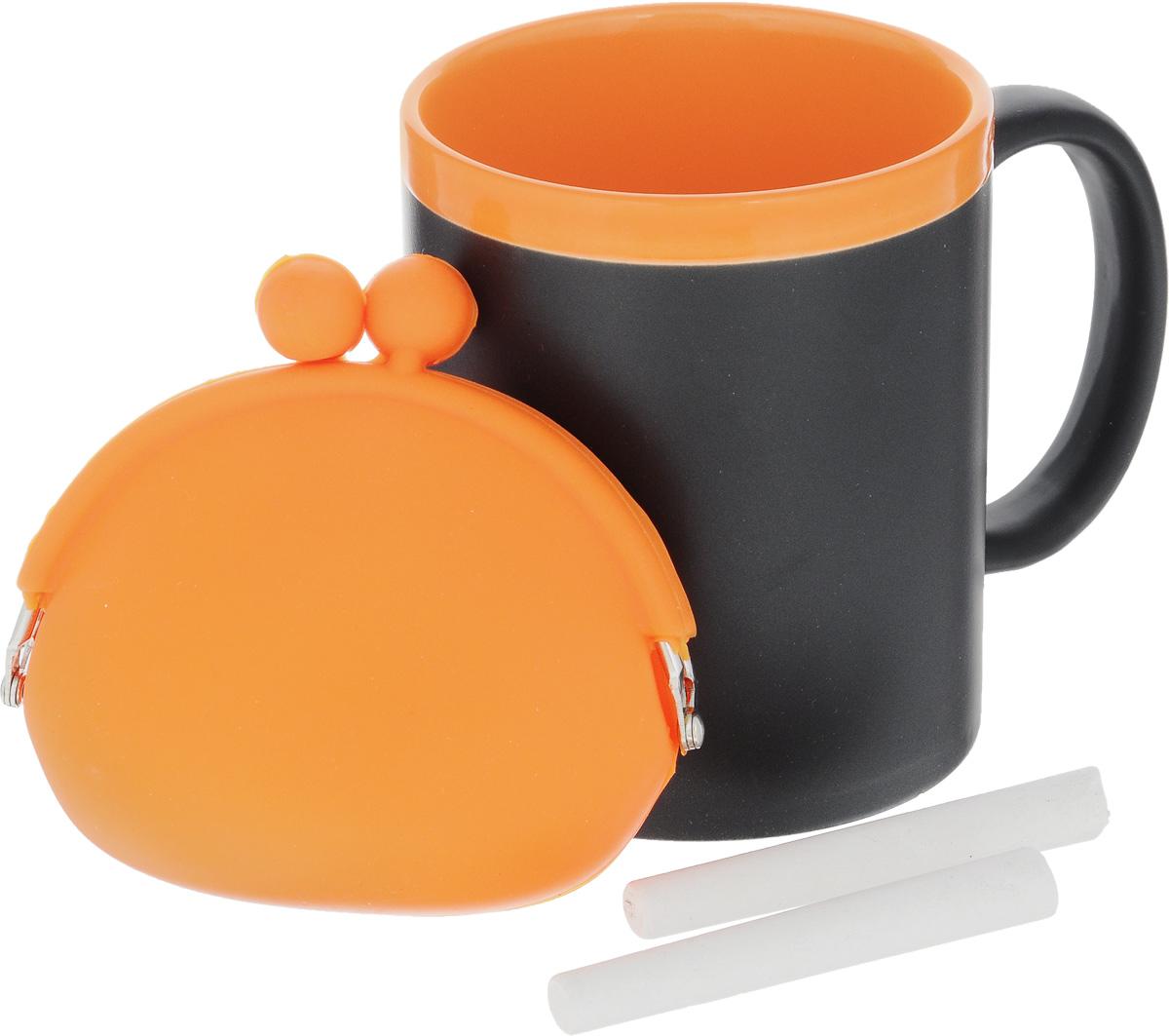 Набор подарочный Феникс-Презент Magic Home: кружка, мелки, кошелек, цвет: черный, оранжевый41174Подарочный набор Феникс-Презент Magic Home включает в себя кружку с поверхностью, на которой можно писать, силиконовый кошелек и 2 мелка. Все элементы внимательно совмещены и удачно подходят друг к другу. Все изделия выполнены из высококачественных материалов.Такой набор будет отличной находкой для себя или подарком для друга. Набор дополнит ваш образ и покажет вас в хорошем свете на презентации и в магазине.Объем кружки: 300 мл.Диаметр кружки: 8 см.Высота кружки: 9,7 см.Размер кошелька (без учета застежки): 10 х 8,5 см.Длина мелков: 7 см.