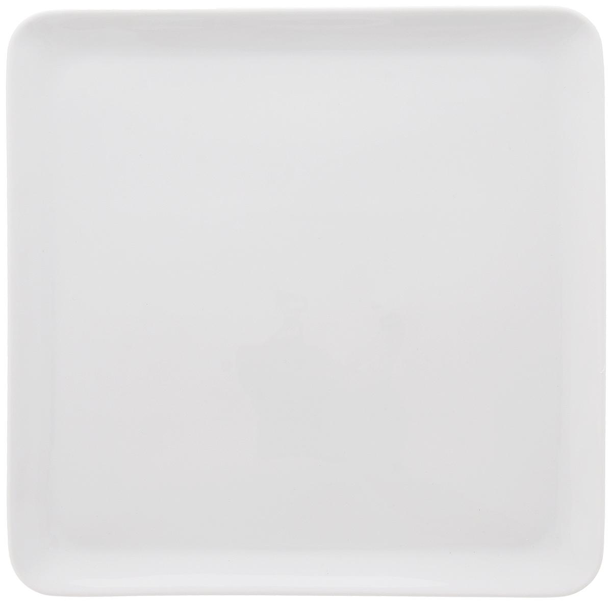 """Квадратная тарелка La Rose Des Sables """"Yaka"""" выполнена из высококачественного фарфора. Изящный дизайн придется по вкусу и ценителям классики, и тем, кто предпочитает утонченность.  Тарелка La Rose Des Sables """"Yaka"""" идеально подойдет для сервировки стола и станет отличным подарком к любому празднику. Тарелку можно использовать в микроволновой печи и посудомоечной машине. Размер тарелки: 24,5 х 25,5 см. Высота тарелки: 2 см."""