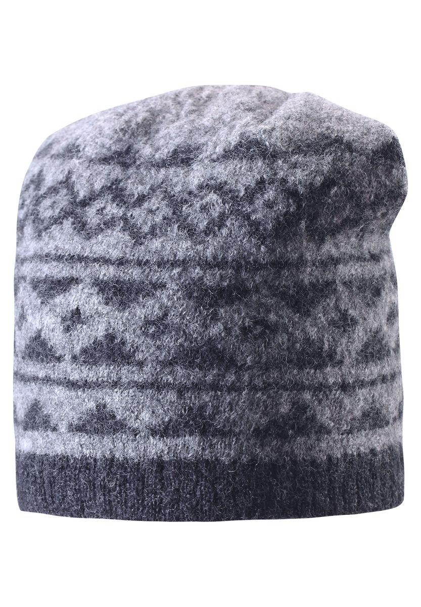 Шапка детская Reima, цвет: серый. 528487-9400-050. Размер 50528487-9400Детская шерстяная шапка отлично согреет в морозный зимний день. Шапка с подкладкой из мягкого и плотного эластана с хлопком очень приятна на ощупь. Шерсть замечательно регулирует температуру, поэтому вашему малышу в ней будет максимально комфортно. Ветронепроницаемые вставки в области ушей защищают ушки от холодного ветра. Эту стильную шапку дополняет красивый скандинавский рисунок и оригинальная структурная вязка.