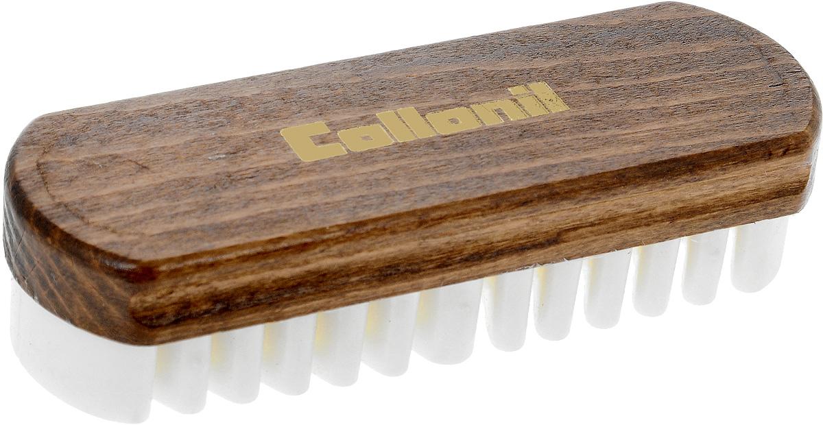Щетка для нубука и замши Collonil Velour Boy, 12,2 х 4,2 х 3 см7050 000Щетка Collonil Velour Boy, изготовленная из дерева и крепа, предназначена для бережной чистки и обновления изделий из замши, нубука, велюра. С помощью щетины из искусственного ворса щетка эффективно удаляет поверхностные загрязнения и обновляет внешний вид изделий.Размер щетки: 12,2 х 4,2 х 3 см.
