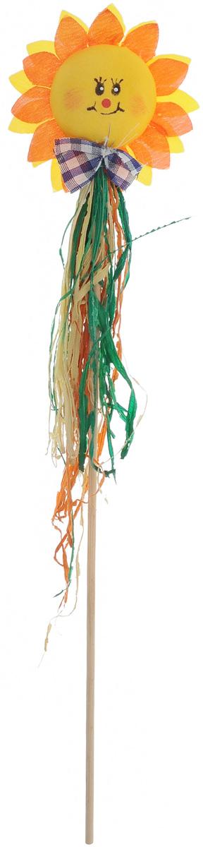 Украшение на ножке Village people Соломенные цветы, цвет: желтый, оранжевый, зеленый, высота 32 см66943_5_желтый, ярко-оранжевыйУкрашение на ножке Village People Соломенные цветы предназначено для декорирования садового участка, грядок, клумб, домашних цветов в горшках, а также для поддержки и правильного роста растений. Изделие выполнено из соломы, хлопка и дерева в виде декоративного цветка на ножке.Диаметр украшения: 7,5 см.