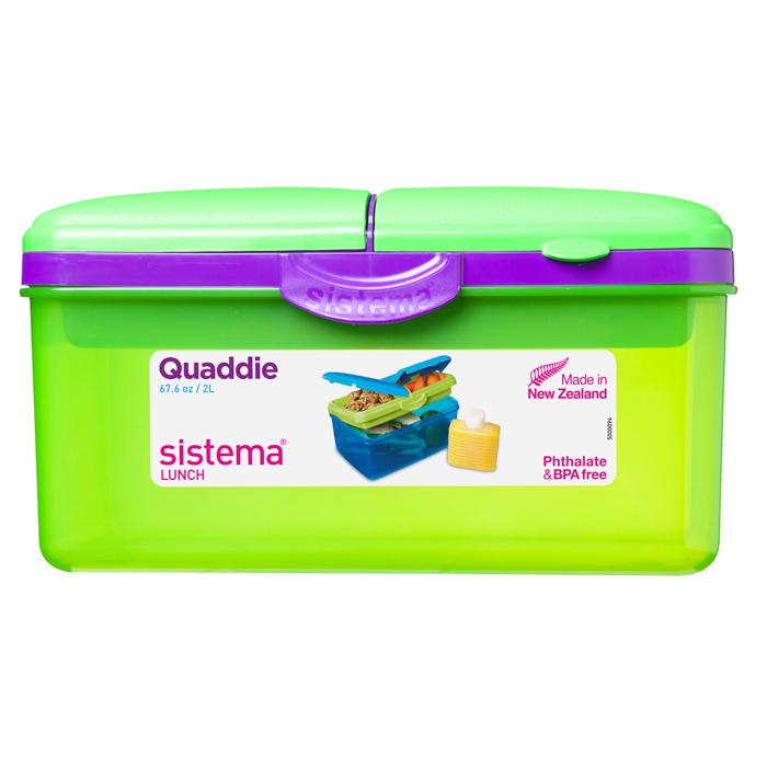 Ланч-бокс Sistema To-Go, 4 секции, с бутылкой, цвет: зеленый, фиолетовый, 2 л3970С6Контейнер Sistema To-Go имеет 4 отделения для хранения и транспортировки бутербродов, порционных салатов, мяса или рыбы, горячих и холодных блюд. Ланч-бокс для детей и взрослых позволяет взять даже сложный обед, из нескольких блюд, в одном компактном контейнере. Контейнер надежно закрывается клипсами. Удобная маленькая бутылка позволит взять с собой воду или любимый напиток. Ланч-бокс состоит из большого, среднего и двух маленьких отделений.Размеры большого отделения: 21 х 14 х 9 см. Размеры среднего отделения: 12 х 9,5 х 3,5 см. Размеры одного маленького отделения: 9,5 х 6 х 3,5 см. Объем бутылки: 250 мл.