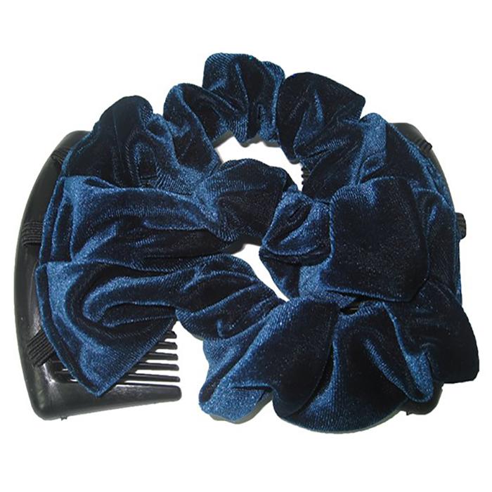 Montar Заколка Монтар, синяяЗМТ_сУдобная и практичная MONTAR напоминает Изи Коум.Подходит для любого типа волос: тонких, жестких, вьющихся или прямых, и не наносит им никакого вреда. Заколка не мешает движениям головы и не создает дискомфорта, когда вы отдыхаете или управляете автомобилем.Каждый гребень имеет по 20 зубьев для надежной фиксации заколки на волосах! И даже во время бега и интенсивных тренировок в спортзале Изи Коум не падает; она прочно фиксирует прическу, сохраняя укладку в первозданном виде.Небольшая и легкая заколка поместится в любой дамской сумочке, позволяя быстро и без особых усилий создавать неповторимые прически там, где вам это удобно. Гребень прекрасно сочетается с любой одеждой: будь это классический или спортивный стиль, завершая гармоничный облик современной леди. И неважно, какой образ жизни вы ведете, если у вас есть MONTAR, вы всегда будете выглядеть потрясающе.Применение:1) Вставьте один из гребней под прическу вогнутой стороной к поверхности головы.2) Поместите пальцы рук в заколку, чтобы придержать волосы, и закрепите первый гребень.3) Второй гребень оберните поверх прически и вставьте с другой стороны вогнутой поверхностью к голове и закрепите его.