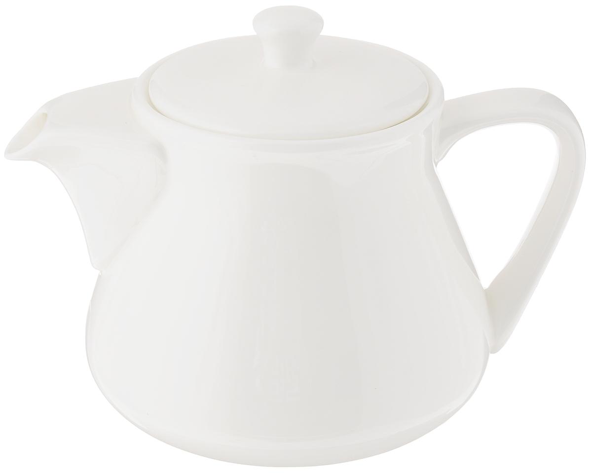Чайник заварочный Wilmax, 750 млWL-994002 / 1CЗаварочный чайник Wilmax изготовлен из высококачественного фарфора. Глазурованное покрытие обеспечивает легкую очистку. Изделие прекрасно подходит для заваривания вкусного и ароматного чая, а также травяных настоев. Ситечко в основании носика препятствует попаданию чаинок в чашку. Оригинальный дизайн сделает чайник настоящим украшением стола. Он удобен в использовании и понравится каждому.Можно мыть в посудомоечной машине и использовать в микроволновой печи. Диаметр чайника (по верхнему краю): 7 см. Высота чайника (без учета крышки): 11 см.
