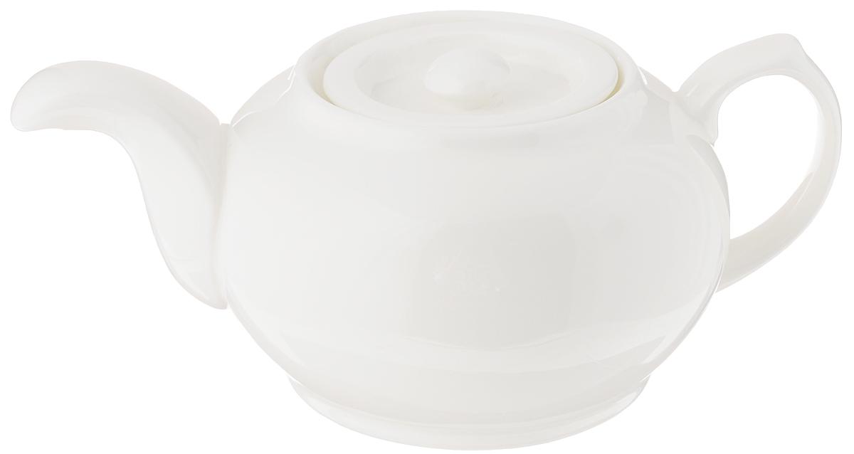 Чайник заварочный Wilmax Fine Porcelain, 800 млWL-994011 / 1CЗаварочный чайник Wilmax изготовлен из высококачественного фарфора. Глазурованное покрытие обеспечивает легкую очистку. Изделие прекрасно подходит для заваривания вкусного и ароматного чая, а также травяных настоев. Ситечко в основании носика препятствует попаданию чаинок в чашку. Оригинальный дизайн сделает чайник настоящим украшением стола.Можно мыть в посудомоечной машине и использовать в микроволновой печи. Диаметр чайника (по верхнему краю): 6,6 см. Высота чайника (без учета крышки): 9 см.