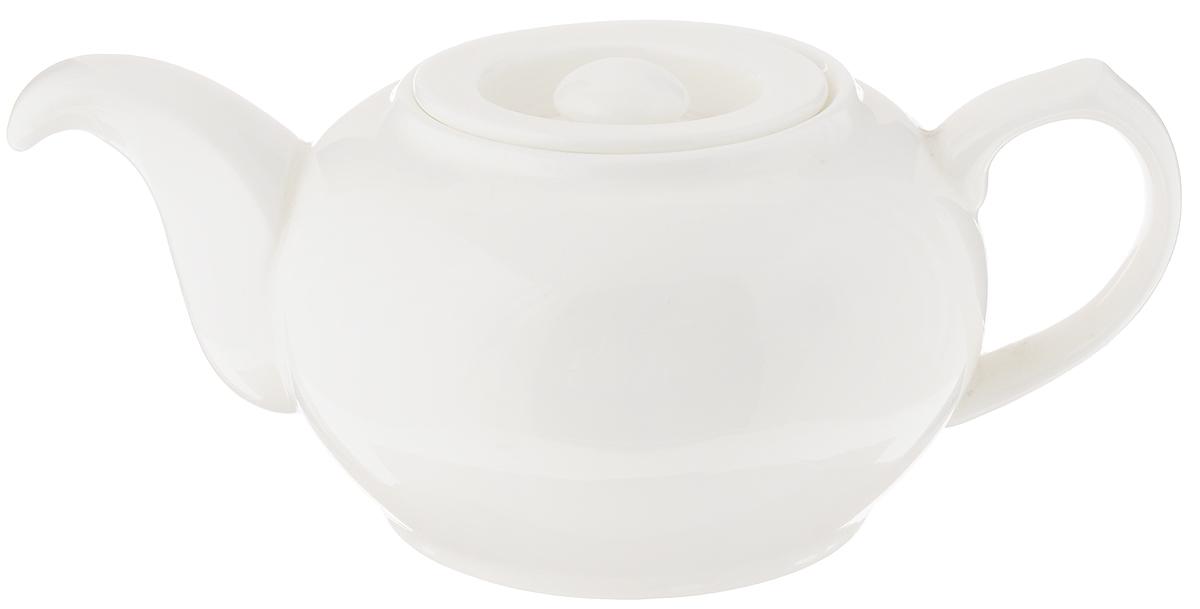 Чайник заварочный Wilmax Fine Porcelain, 500 мл. WL-994036 / 1CWL-994036 / 1CЗаварочный чайник Wilmax изготовлен из высококачественного фарфора. Глазурованное покрытие обеспечивает легкую очистку. Изделие прекрасно подходит для заваривания вкусного и ароматного чая, а также травяных настоев. Ситечко в основании носика препятствует попаданию чаинок в чашку. Оригинальный дизайн сделает чайник настоящим украшением стола.Можно мыть в посудомоечной машине и использовать в микроволновой печи. Диаметр чайника (по верхнему краю): 5,5 см. Высота чайника (без учета крышки): 7,5 см.