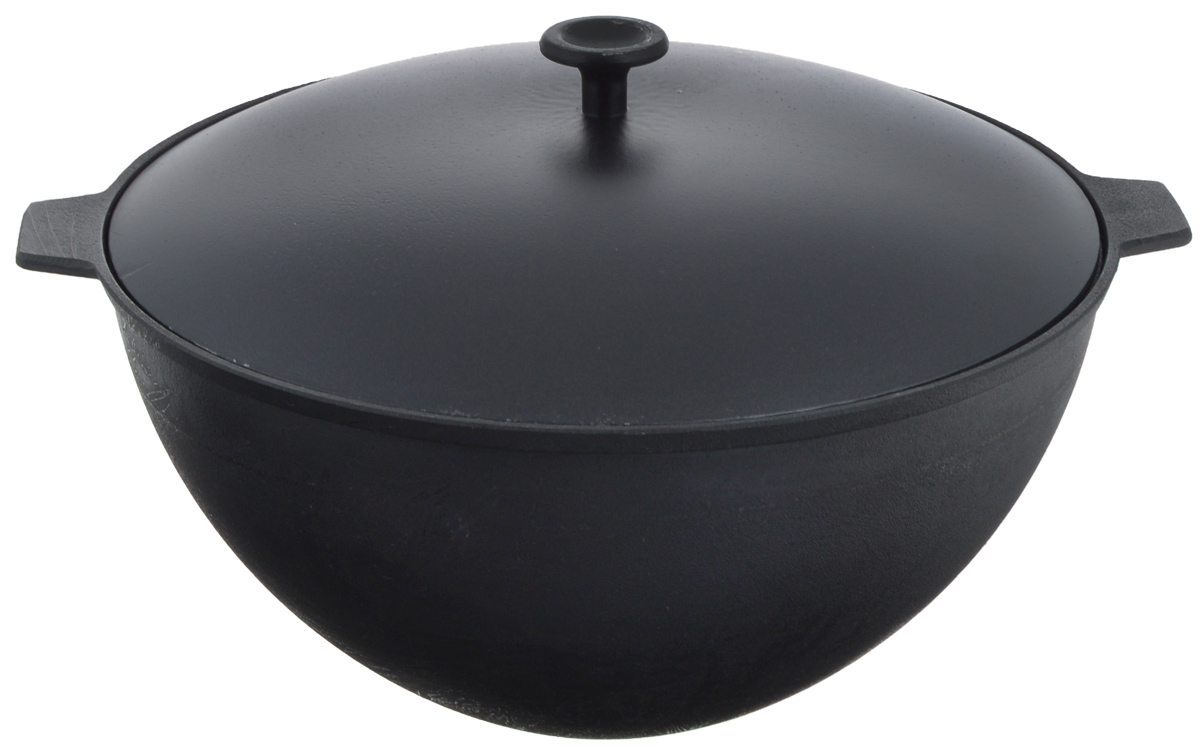 Казан чугунный Добрыня, с крышкой, 7 лDO-3306Казан Добрыня изготовлен из качественного литого чугуна и снабжен алюминиевой крышкой. Казаном принято называть большую кастрюлю из чугуна с толстыми стенками и выпуклым овальным дном. В казане можно приготовить много самых разнообразнейших блюд восточной кухни, но, наверное, самое известное и распространенное блюдо, которое приготавливается в казане, это любимый многими плов.Чугунный казан хорош тем, что блюда в нем никогда не пригорают. Чугун при нагревании обеспечивает лучшее распределение тепла, даже при сравнении с современными материалами. И это его свойство позволяет приготовить вкусные блюда отменного качества. Еще одной важной особенностью чугунного казана является то, что его толстые стенки позволяют приготовленному блюду долго оставаться теплым.Можно использовать как на природе, так и в домашних условиях. Подходит для всех типов плит.Диаметр казана по верхнему краю: 30 см.Ширина с учетом ручек: 36,5 см.