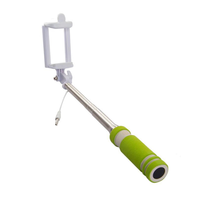 Rekam SelfiPod S-350G, Green монопод для селфи2303000351Теперь, снимая селфи, вы можете использовать все преимущества вашей камеры и создавать по-настоящему качественные автопортреты с высоким разрешением с помощью монопода Rekam SelfiPod S-350. Он будет незаменим во время прогулок и массовых мероприятий. Для управления имеется удобно расположенная кнопка на рукоятке. Подключается к смартфону через разъем 3,5 мм. В сложенном виде SelfiPod S-350 очень компактен и легко умещается в небольшой сумке и даже кармане. Ручка монопода имеет современный, эргономичный дизайн и выполнена из нескользящего материала.