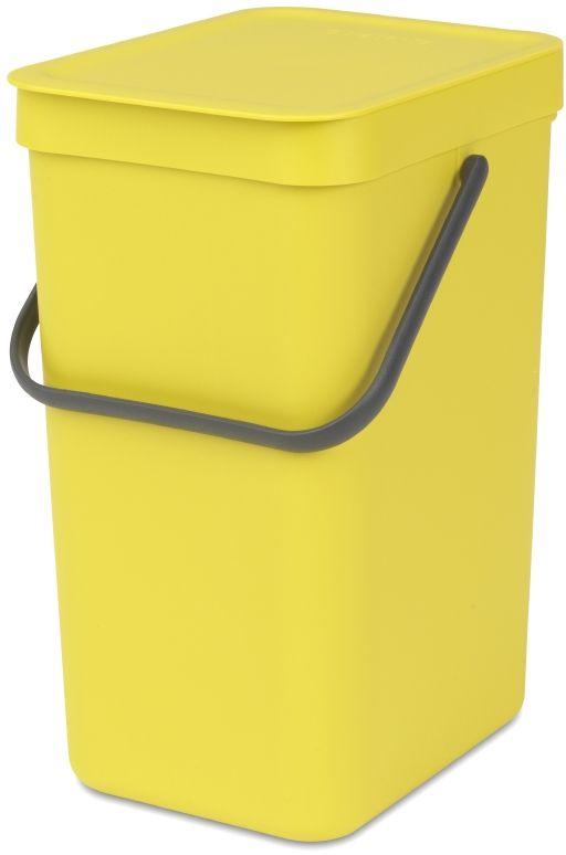 Ведро мусорное Brabantia Sort & Go, встраиваемое, цвет: желтый, 12 л. 109768109768Идеальное решение для раздельного сбора домашних отходов. Может использоваться на полу или крепиться к стене – в комплект входит настенный держатель. Прочная ручка и удобный захват снизу для удобства освобождения от мусора. Имеются идеально подходящие по размеру мешки PerfectFit (размер C) – удобно устанавливаются в ведро. Также предлагаются идеально подходящие по размеру биоразлагаемые мешки для компостируемых отходов (размер С) – удобно устанавливаются в ведро.