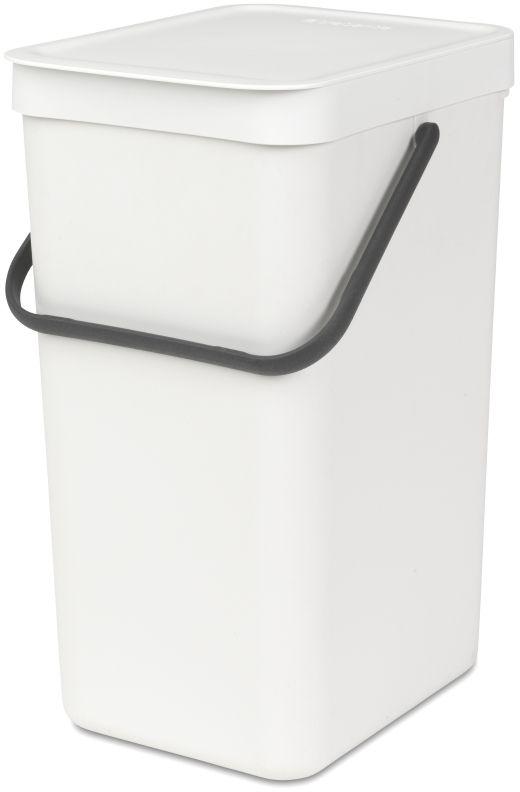 Ведро мусорное Brabantia Sort & Go, встраиваемое, цвет: белый, 16 л. 109942109942Идеальное решение для раздельного сбора домашних отходов. Может использоваться на полу или крепиться к стене – в комплект входит настенный держатель. Прочная ручка и удобный захват снизу для удобства освобождения от мусора. Имеются идеально подходящие по размеру мешки PerfectFit (размер D) – удобно устанавливаются в ведро.