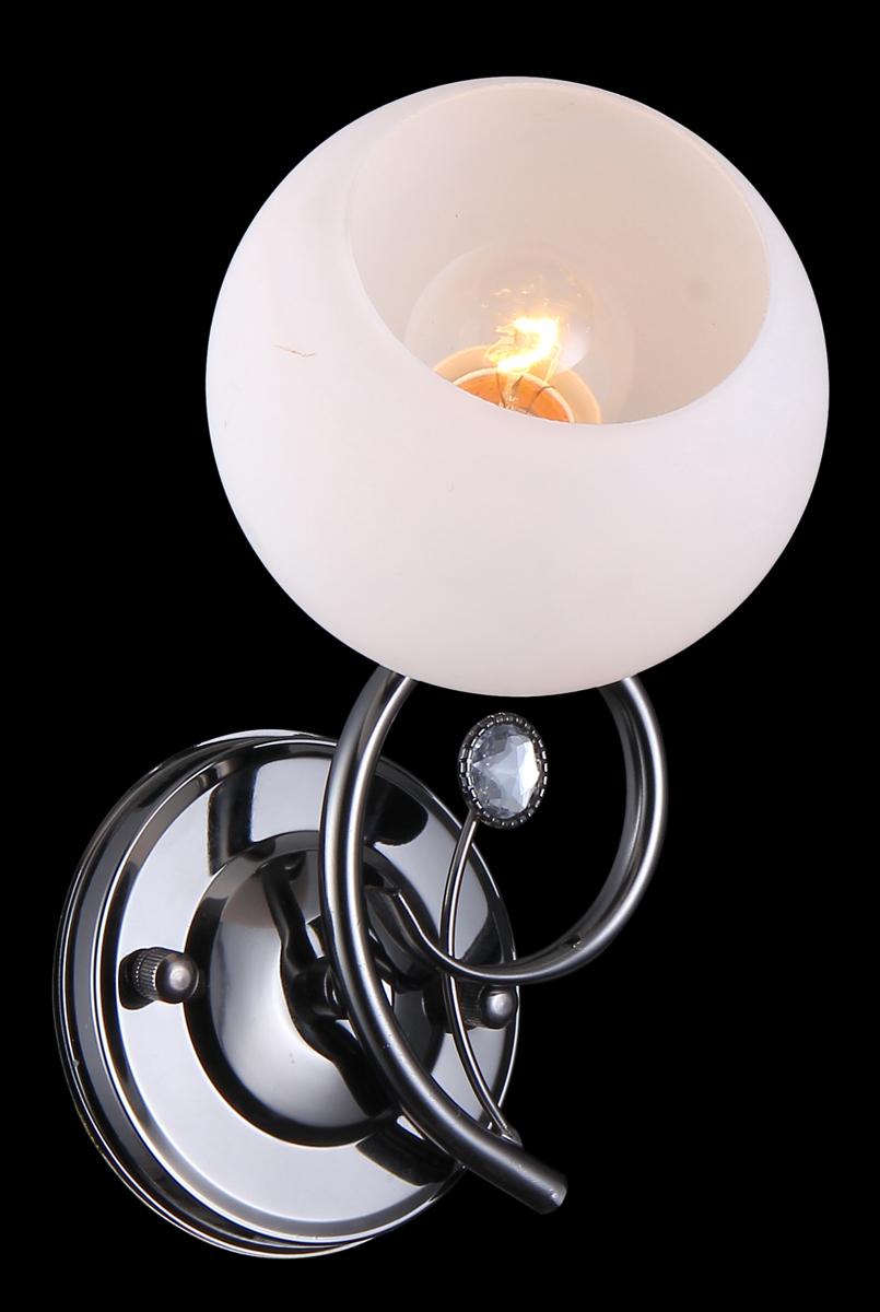 Бра Natali Kovaltseva 11466/1W Dark Chrome11466/1W DARK CHROMEВ коллекциях NATALI KOVALTSEVA представлены разные стили – от классики до хайтека. Дизайн и технологическая составляющая продукции разрабатывается в R&D центре компании, который находится в г. Дюссельдорф, Германия. При производстве нашей продукции используются высококачественные и эксклюзивные материалы: хрусталь ASFOR, муранское стекло, перламутр, 24-каратное золото, бронза. Производство светильников соответствует стандарту системы менеджмента качества ISO 9001-2000. На всю продукцию ТМ Natali Kovaltseva распространяется гарантия.