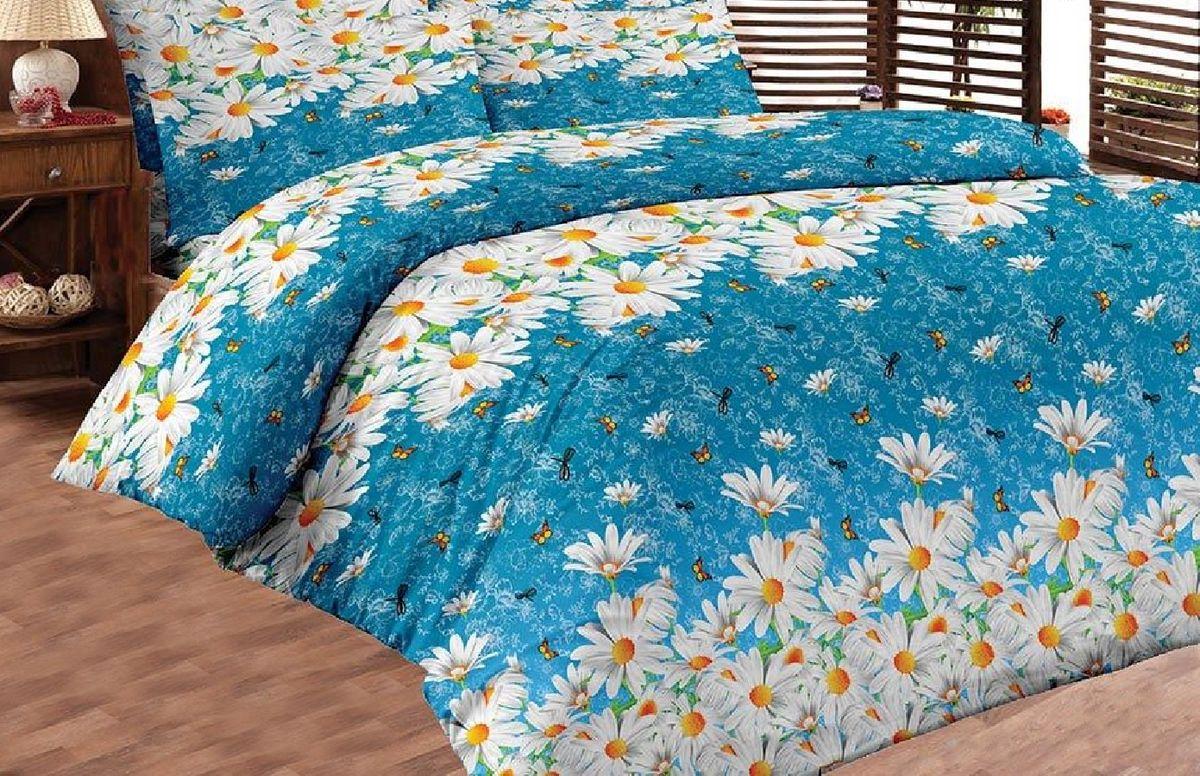 Комплект белья Liya Home Collection Ромашковый рай, 2-спальный, наволочки 70x70, цвет: синий, белый. 00001200003640000120000364Комплект белья Liya Home Collection Ромашковый рай состоит из пододеяльника, простыни и двух наволочек. Изделия выполнены из хлопка (70%) и полиэстера (30%). Хлопок является классическим примером гигроскопичности, гигиеничности, натуральности и простоты. Сочетание его с полиэстером лишает ткань присущих хлопку недостатков. Изделия из хлопка с полиэстером не выгорают, не растягиваются, дольше используются. Постельное белье из хлопка с полиэстером имеет двукратную продолжительность эксплуатации, по сравнению с чистым хлопком, оно не мнется и сохнет очень быстро.