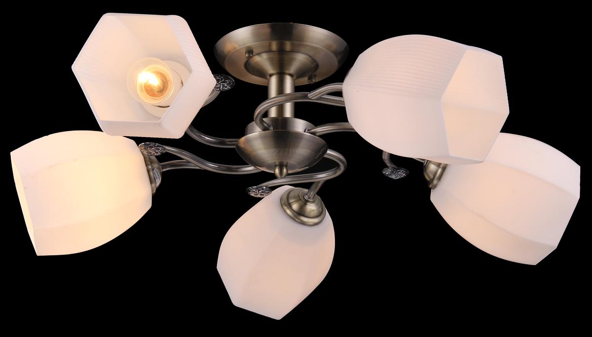 Люстра Natali Kovaltseva. 11463/5C Antique11463/5C ANTIQUEЛюстра Natali Kovaltseva, выполненная в классическом дизайне, станет украшением вашей комнаты и изысканно дополнит интерьер. Изделие крепится к потолку. Такая люстра отлично подойдет для освещения кабинета, столовой, спальни или гостиной. Люстра выполнена из металла с хромированным покрытием и оснащена 5 плафонами из матового рельефного стекла. В коллекциях Natali Kovaltseva представлены разные стили - от классики до хайтека. Дизайн и технологическая составляющая продукции разрабатывается в R&D центре компании, который находится в г. Дюссельдорф, Германия. При производстве продукции используются высококачественные и эксклюзивные материалы: хрусталь ASFOR, муранское стекло, перламутр, 24-каратное золото, бронза. Производство светильников соответствует стандарту системы менеджмента качества ISO 9001-2000.