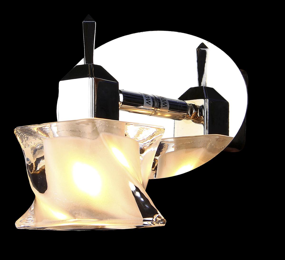 Светильник настенный Natali Kovaltseva, 1 x G9, 40W. 10753/1ROSE 11462/8C GREENНастенный светильник Natali Kovaltseva станет украшениемвашей комнаты и оригинально дополнит интерьер. Изделиекрепится к стене. Такой светильник отлично подойдет дляосвещения кабинета, столовой, спальни или гостиной.Основание изделия выполнено из металла с хромированнымпокрытием, плафон изготовлен из стекла рельефной формы. В коллекциях Natali Kovaltseva представлены разные стили - отклассики до хайтека. Дизайн и технологическаясоставляющая продукции разрабатывается в R&D центрекомпании, который находится в г. Дюссельдорф, Германия.При производстве продукции используютсявысококачественные и эксклюзивные материалы: хрустальASFOR, муранское стекло, перламутр, 24-каратное золото,бронза. Производство светильников соответствует стандартусистемы менеджмента качества ISO 9001-2000. На всюпродукцию ТМ Natali Kovaltseva распространяется гарантия.