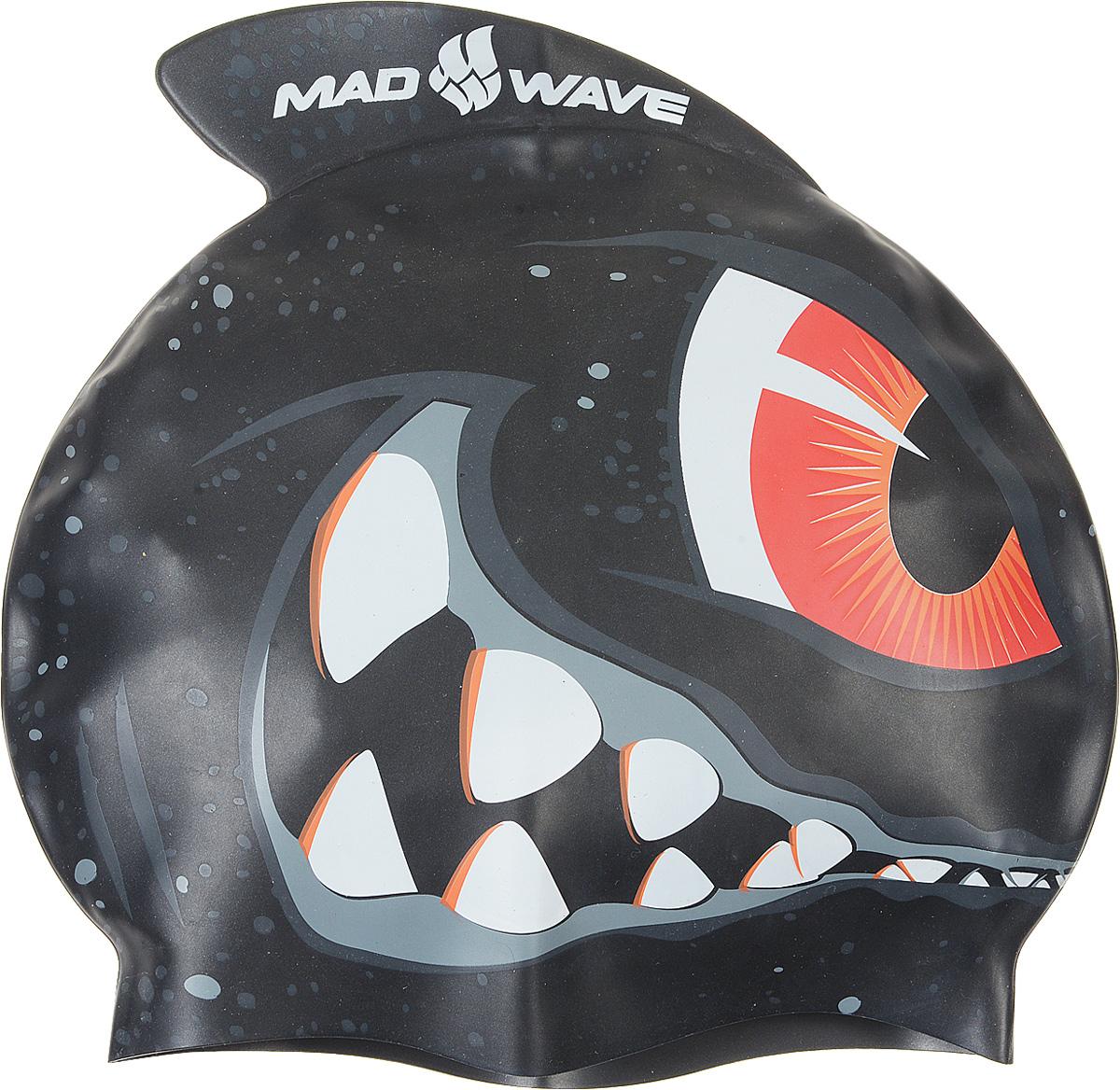 Детская шапочка для плавания MadWave Shark, силиконовая10010526Детская силиконовая шапочка MadWave Shark c рисунком в виде монстра на боковой части и плавником, который был создан нашими дизайнерами специально для этой серии. Данная шапочка особенно подойдёт юным спортсменам, которые уверенны в себе на все 100%. Характеристики:Материал: силикон.Размер шапочки: 21 см x 19 см. Производитель: Китай. Артикул: M0542 02 0 00W.