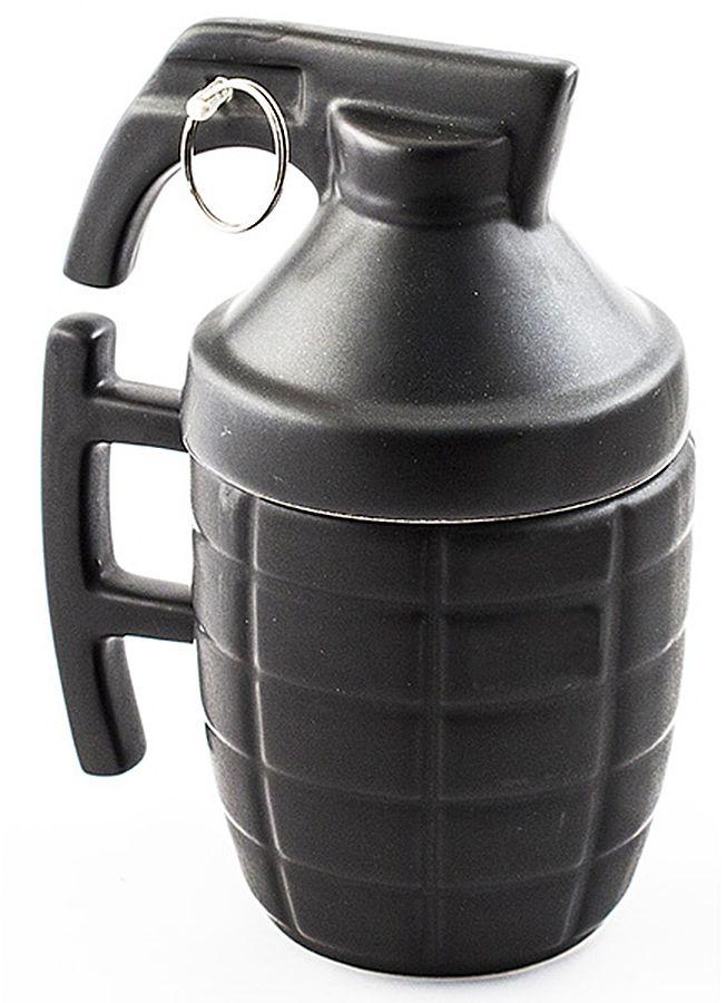 Кружка Эврика Граната, цвет: черный96772Кружка Эврика Граната – подарок для самых решительных. Удобная кружка с керамической крышкой поможет заварить чай по всем правилам, предохраняя ваш напиток от остывания и попадания пыли. Матовая керамика приятна на ощупь, не скользит в руке и радует благородной сдержанностью стиля.