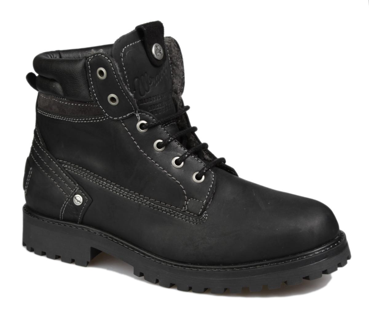 Ботинки мужские Wrangler Yuma Creek Fur, цвет: черный. WM152007/F-62. Размер 43WM152007/F-62Стильные мужские ботинки Yuma Creek Fur от Wrangler выполнены из натуральной кожи. Подкладка и стелька из искусственного меха не дадут ногам замерзнуть. Шнуровка надежно зафиксирует модель на ноге. Подошва дополнена рифлением.