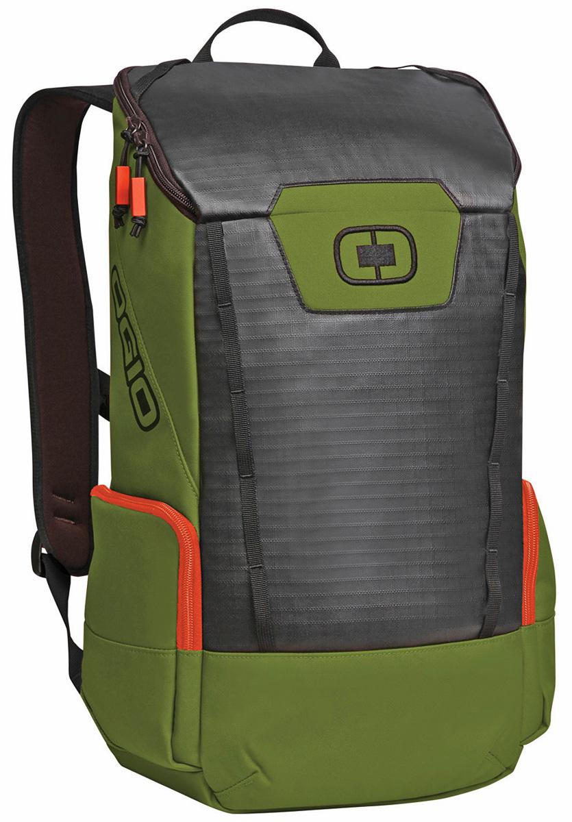 Рюкзак городской OGIO Clutch Pack, цвет: зеленый, 21 л123011-281Легкий и вместительный рюкзак OGIO Clutch Pack с приятным дизайном разработан для ярких и модных людей! Он позволит вам взять с собой все необходимое. Имеется специализированный мягкий отсек для ноутбука, оставляя пространство для других вещей,снаружи предусмотрены боковые карманы, которые будут полезны для хранения фотоаппарата, зарядки или других полезных аксессуаров. Удобные регулируемые лямки с дополнительным нагрудным ремнем помогут равномерно распределить нагрузку.OGIO - высокотехнологичный продукт от американского производителя. Вместимые сумки для путешествий, работы и отдыха, специальная коллекция городских сумок для женщин, жесткие боксы под мелкий инвентарь и многое другое.Объем рюкзака: 21 л.