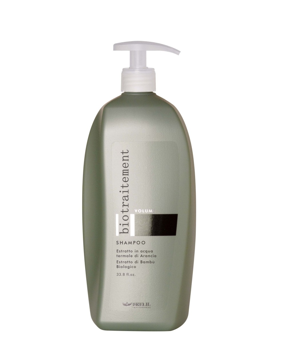 Brelil Шампунь для придания объёма Bio Traitement Volume Shampoo, 1000 млB064029Brelil Bio Traitement Volume Shampoo Шампунь для придания объёма. Шампунь является замечательным средством для очищения волос от пыли и загрязнений, и придания волосам великолепного эффекта объёма. В состав шампуня от итальянского бренда Брелил Professional входит органическое молочко бамбука, которое богато витаминами и способствует отличному восстановлению водного баланса, наполняет волосы здоровьем, силой и красотой. Также шампунь включает в состав натуральный экстракт апельсина, который делает волосы мягкими, послушными и шелковистыми, питает структуру волос и придаёт волосам отличный объём. Шампунь тонизирует и питает волосы, защищает от ультрафиолетовых лучей, оказывает освежающее воздействие на кожу головы.Шампунь для придания объёма Brelil Bio Traitement Volume Shampoo делает волосы сильными и эластичными, устраняет завитки и секущиеся кончики волос. Средство обладает приятным ароматом, не содержит парабены и другие агрессивные вещества.
