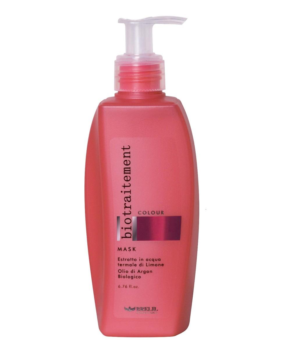 Brelil Маска для окрашенных волос Bio Traitement Colour Mask, 200 млB5069668Brelil Bio Traitement Colour Mask Маска для окрашенных волос обеспечивает интенсивное питание и увлажнение волос, способствует сохранению стойкости цвета. Маска создана на основе формулы с экстрактом лимона и биологического арганового масла на термальной воде. Благодаря аргановому маслу, которое является одним из самых ценных и дорогих масел в мире, волосы получают необходимые питательные компоненты, которые проникают в структуру каждого волосяного стержня для его укрепления и нормализации водного баланса. В результате этого волосы становятся сильными, гибкими и блестящими уже после нескольких применений средства. Маска Брелил Colour Mask насыщает волосы всеми необходимыми минералами, аминокислотами и витаминами. При регулярном применении маски волосы становятся необычайно послушными, мягкими и блестящими.Активные компоненты: термальная вода, аргановое масло, экстракт лимона, пантенол.
