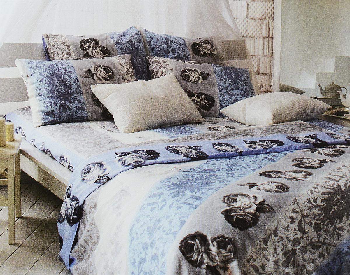 Комплект белья Tiffanys Secret Небесный эскиз, 2-спальный, наволочки 70х70, цвет: голубой, белый, серый2040815174Комплект постельного белья Tiffanys Secret Небесный эскиз является экологически безопасным для всей семьи, так как выполнен из сатина (100% хлопок). Комплект состоит из пододеяльника, простыни и двух наволочек. Предметы комплекта оформлены оригинальным рисунком.Благодаря такому комплекту постельного белья вы сможете создать атмосферу уюта и комфорта в вашей спальне.Сатин - это ткань, навсегда покорившая сердца человечества. Ценившие роскошь персы называли ее атлас, а искушенные в прекрасном французы - сатин. Секрет высококачественного сатина в безупречности всего технологического процесса. Эту благородную ткань делают только из отборной натуральной пряжи, которую получают из самого лучшего тонковолокнистого хлопка. Благодаря использованию самой тонкой хлопковой нити получается необычайно мягкое и нежное полотно. Сатиновое постельное белье превращает жаркие летние ночи в прохладные и освежающие, а холодные зимние - в теплые и согревающие. Сатин очень приятен на ощупь, постельное белье из него долговечно, выдерживает более 300 стирок, и лишь спустя долгое время материал начинает немного тускнеть. Оцените все достоинства постельного белья из сатина, выбирая самое лучшее для себя!