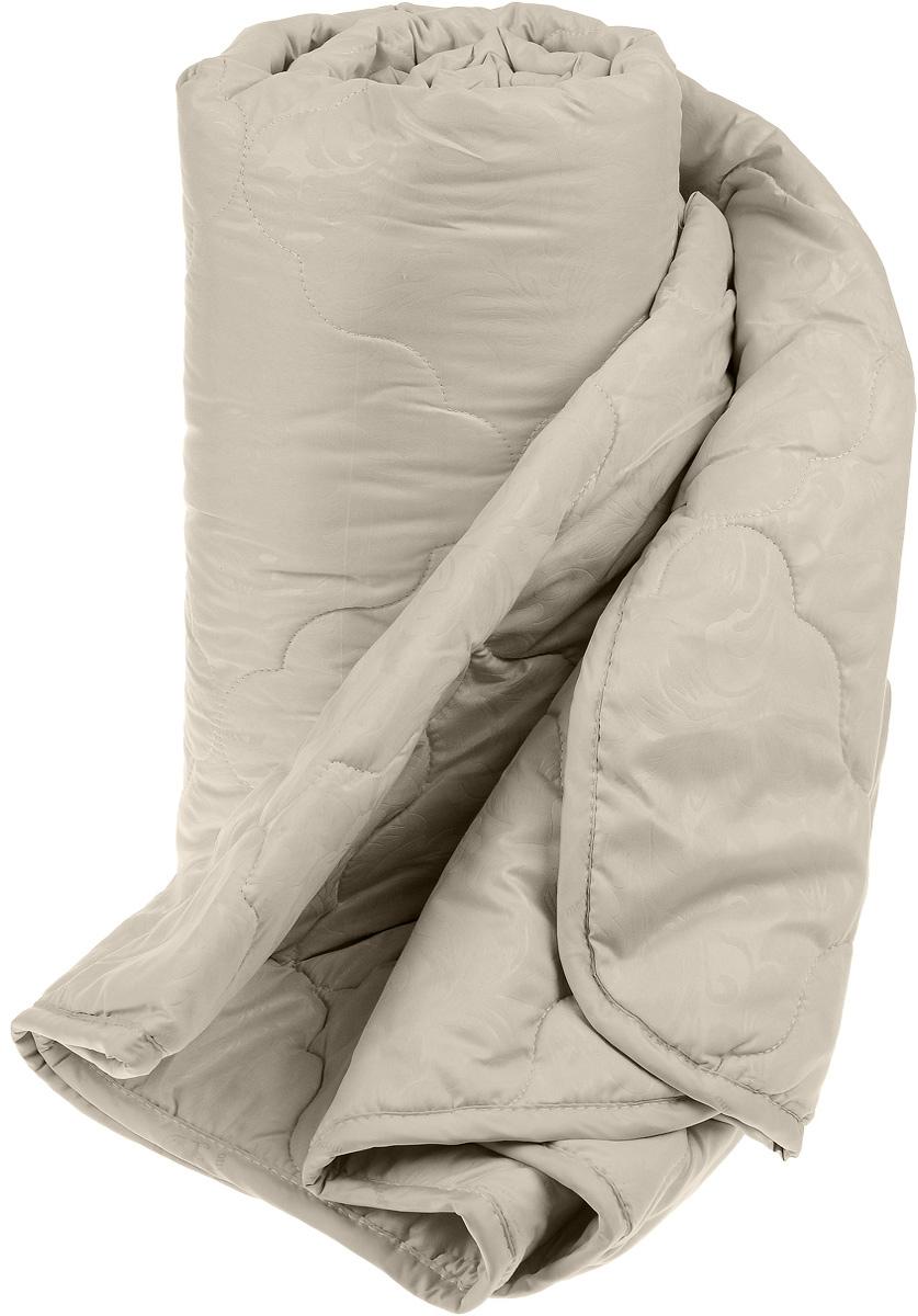 Одеяло Sova & Javoronok, наполнитель: верблюжья шерсть, микрофибра, цвет: бежевый, 140 х 205 см5030116348Чехол одеяла Sova & Javoronok выполнен из высококачественной микрофибры (100%полиэстера). Наполнитель одеяла изготовлен из верблюжьей шерсти и полиэфирного волокна. Стежка надежно удерживает наполнитель внутри и не позволяет ему скатываться. Особенности наполнителя:- исключительные терморегулирующие свойства;- высокое качество прочеса и промывки шерсти;- великолепные ощущения комфорта и уюта. Верблюжья шерсть обладает целебными качествами, содержит наиболее высокий процент ланолина (животного воска), который является природным антисептиком и благоприятно воздействует на организм по целому ряду показателей: оказывает благотворное действие на мышцы, суставы, позвоночник, нормализует кровообращение, имеет профилактический эффект при заболевания опорно-двигательного аппарата. Кроме того, верблюжья шерсть антистатична. Шерсть верблюда сохраняет прохладу в период жаркого лета и удерживает тепло во время суровой зимы. Одеяло упакована в прозрачный пластиковый чехол на змейке с ручкой, что является чрезвычайно удобным при переноске.Рекомендации по уходу:- Стирка запрещена,- Нельзя отбеливать. При стирке не использовать средства, содержащие отбеливатели (хлор),- Не гладить. Не применять обработку паром,- Химчистка с использованием углеводорода, хлорного этилена,- Нельзя выжимать и сушить в стиральной машине.