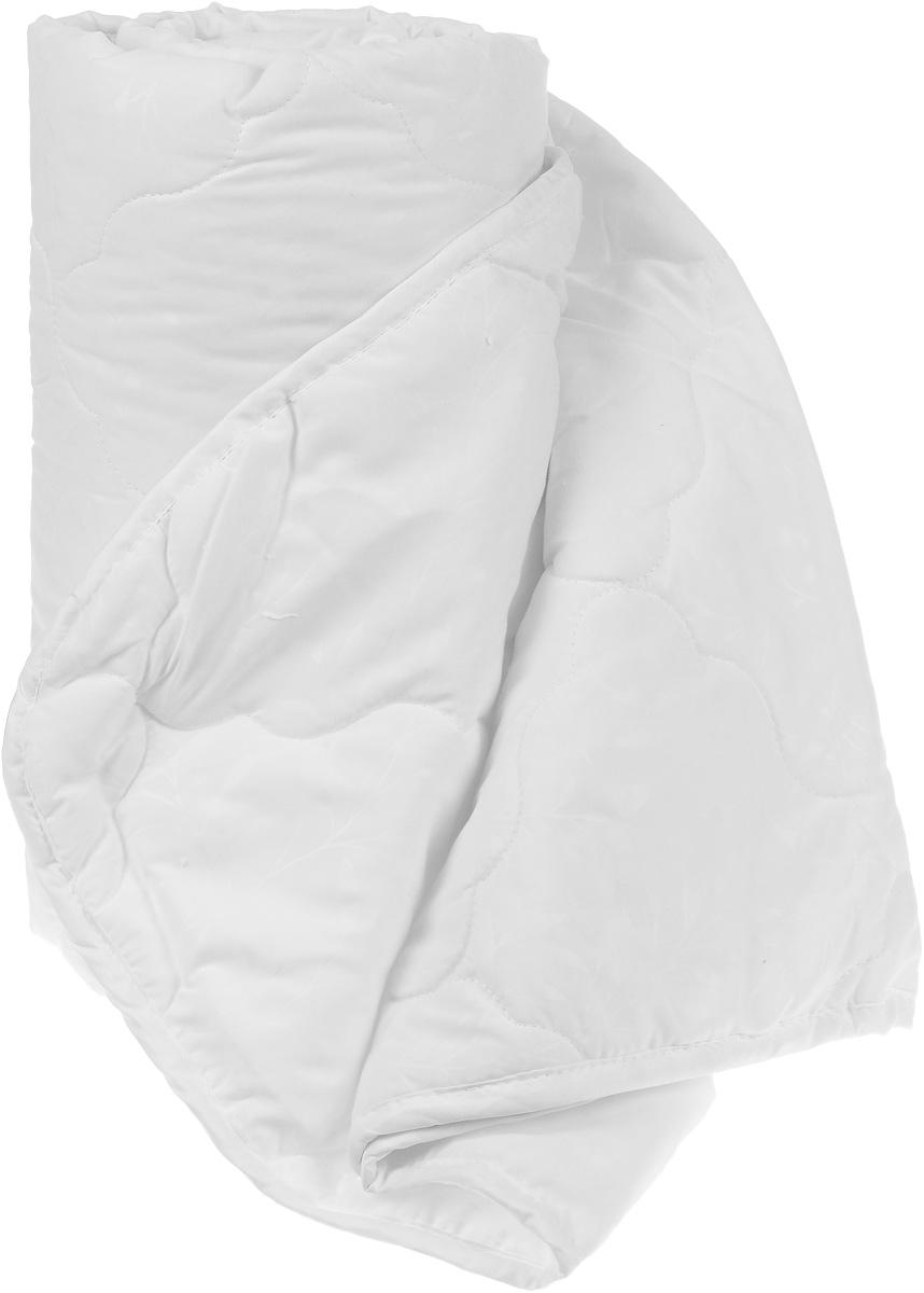 Одеяло Sova & Javoronok, облегченное, наполнитель: бамбук, цвет: белый, 200 х 220 см5030116733Одеяло Sova & Javoronok Бамбук подарит комфорт и уют во время сна. Чехол, выполненный из микрофибры (100% полиэстера), оформлен стежкой и надежно удерживает наполнитель внутри. Волокно на основе бамбука - инновационный наполнитель, обладающий за счет своей пористой структуры хорошей воздухонепроницаемостью и высокой гигроскопичностью, обеспечивает оптимальный уровень влажности во время сна и создает чувство прохлады в жаркие дни.Антибактериальный эффект наполнителя достигается за счет содержания в нем специального компонента, а также за счет поглощения влаги, что создает сухой микроклимат, препятствующий росту бактерий. Основные свойства волокна: - хорошая терморегуляция, - свободная циркуляция воздуха, - антибактериальные свойства, - повышенная гигроскопичность, - мягкость и легкость, - удобство в эксплуатации и легкость стирки. Рекомендации по уходу: - Стирка запрещена. - Не отбеливать, не использовать хлоросодержащие моющие средства и стиральные порошки с отбеливателями.- Не выжимать в стиральной машине.- Чистка только с углеводородом, хлорным этиленом и монофтортрихлорметаном.
