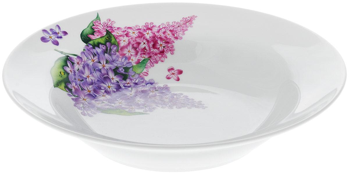 Тарелка глубокая Идиллия. Сирень, диаметр 24 см. 4С01904С0190Тарелка глубокая Идиллия. Сирень, выполненная из высококачественного фарфора, идеальна для сервировки первых блюд. Изделие декорировано красочным изображением ветки сирени. Тарелка прекрасно впишется в интерьер вашей кухни и станет достойным дополнением к кухонному инвентарю.