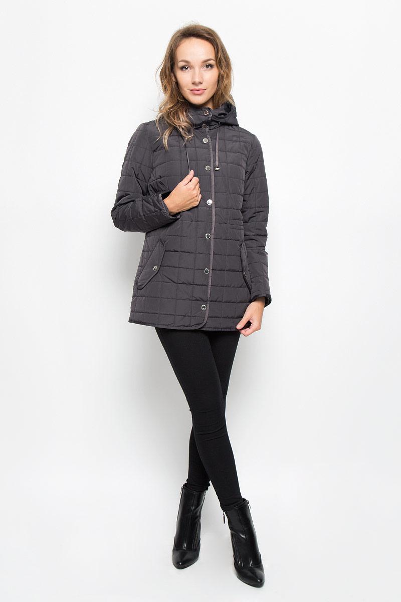 Куртка женская Baon, цвет: коричневый. B036537. Размер L (48)B036537_DARK CHOCOLATEСтильная женская куртка Baon отлично подойдет для прохладной погоды. Модель с несъемным капюшоном со скрытым шнурком и длинными рукавами застегивается на застежку-молнию по всей длине, а также на ветрозащитную планку на кнопках. По линии талии с внутренней стороны модель дополнена скрытой утягивающей резинкой. Спереди модель дополнена двумя прорезными карманами с клапанами на кнопках. Эта модная куртка послужит отличным дополнением к вашему гардеробу.