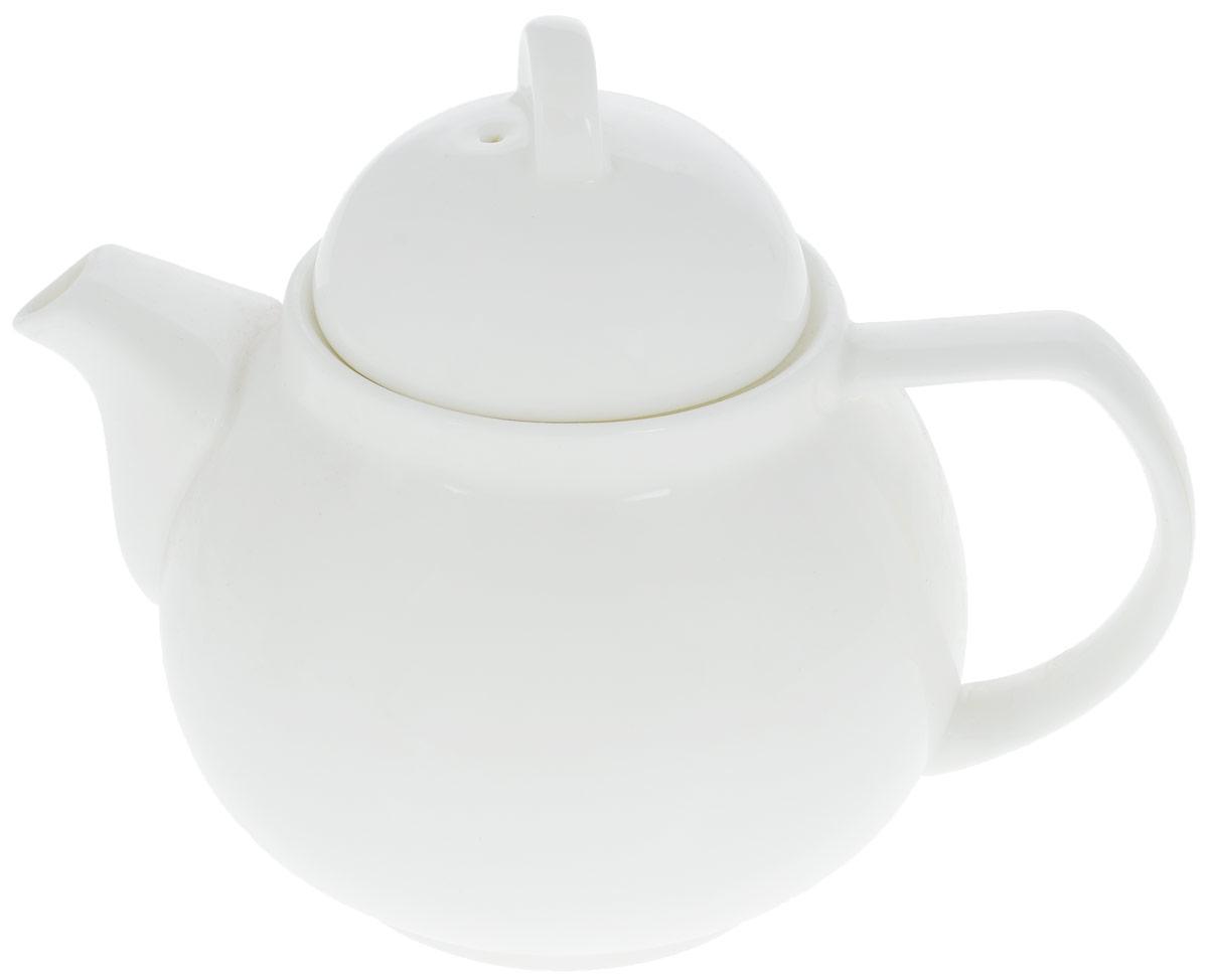 """Заварочный чайник """"Wilmax"""" изготовлен из высококачественного фарфора. Глазурованное покрытие обеспечивает легкую очистку. Изделие прекрасно подходит для заваривания вкусного и ароматного чая, а также травяных настоев. Отверстия в основании носика препятствует попаданию чаинок в чашку. Оригинальный дизайн сделает чайник настоящим украшением стола. Он удобен в использовании и понравится каждому.Можно мыть в посудомоечной машине и использовать в микроволновой печи. Диаметр чайника (по верхнему краю): 8 см. Высота чайника (без учета крышки): 10 см. Высота чайника (с учетом крышки): 14,5 см."""