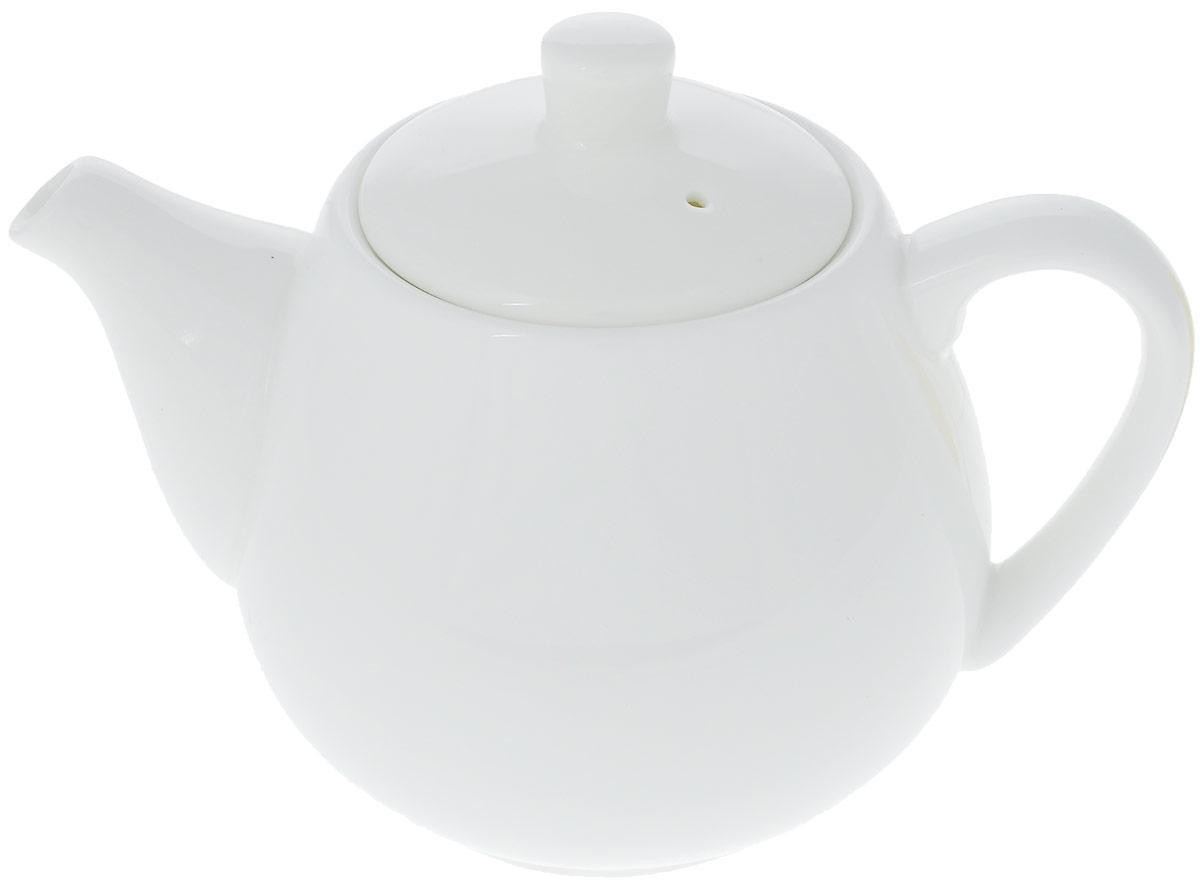 Чайник заварочный Wilmax, 500 мл. WL-994030 / 1C6931101009Заварочный чайник Wilmax изготовлен из высококачественного фарфора. Глазурованное покрытие обеспечивает легкую очистку. Изделие прекрасно подходит для заваривания вкусного и ароматного чая, а также травяных настоев. Отверстия в основании носика препятствует попаданию чаинок в чашку. Оригинальный дизайн сделает чайник настоящим украшением стола. Он удобен в использовании и понравится каждому. Можно мыть в посудомоечной машине и использовать в микроволновой печи.Диаметр чайника (по верхнему краю): 7 см.Высота чайника (без учета крышки): 9 см.Высота чайника (с учетом крышки): 11,5 см.