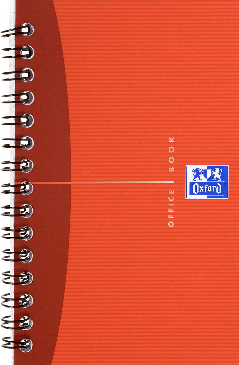 Oxford Тетрадь Essentials 50 листов в клетку цвет красный822568_красныйКрасивая и практичная тетрадь Oxford Essentials отлично подойдет для офиса и учебы. Тетрадь состоит из 50 белых листов с четкой яркой линовкой в клетку. Обложка тетради выполнена из плотного ламинированного картона. Удобный металлический гребень надежно удерживает листы. Также тетрадь имеет скругленные углы.