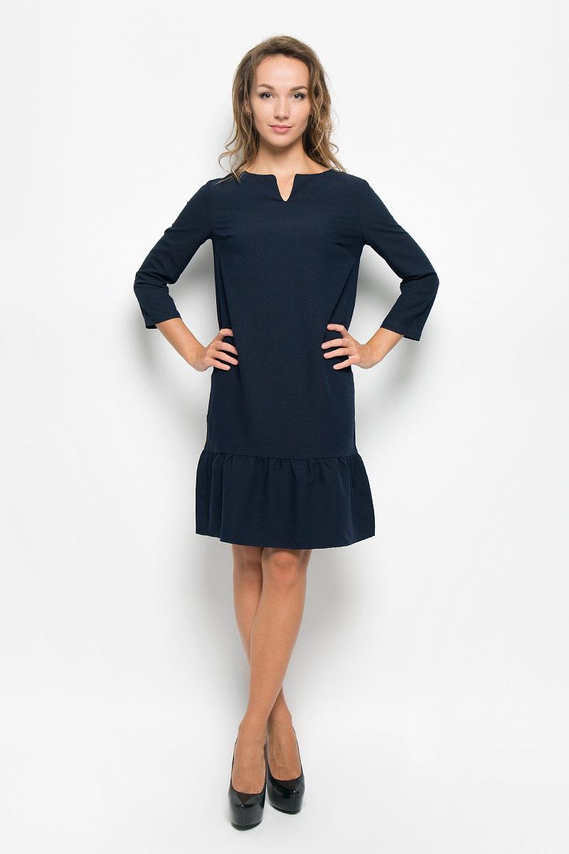 Платье Baon, цвет: темно-синий. B408. Размер XS (42)B408_Dark NavyЭлегантное платье Baon выполнено из высококачественного эластичного полиэстера с добавлением вискозы. Такое платье обеспечит вам комфорт и удобство при носке и непременно вызовет восхищение у окружающих.Модель средней длины с рукавами 3/4 и V-образным вырезом горловины выгодно подчеркнет все достоинства вашей фигуры. Изделие имеет пришивную вставку на подоле, оформленную складками. Изысканное платье-миди создаст обворожительный и неповторимый образ.Это модное и комфортное платье станет превосходным дополнением к вашему гардеробу, оно подарит вам удобство и поможет подчеркнуть ваш вкус и неповторимый стиль.