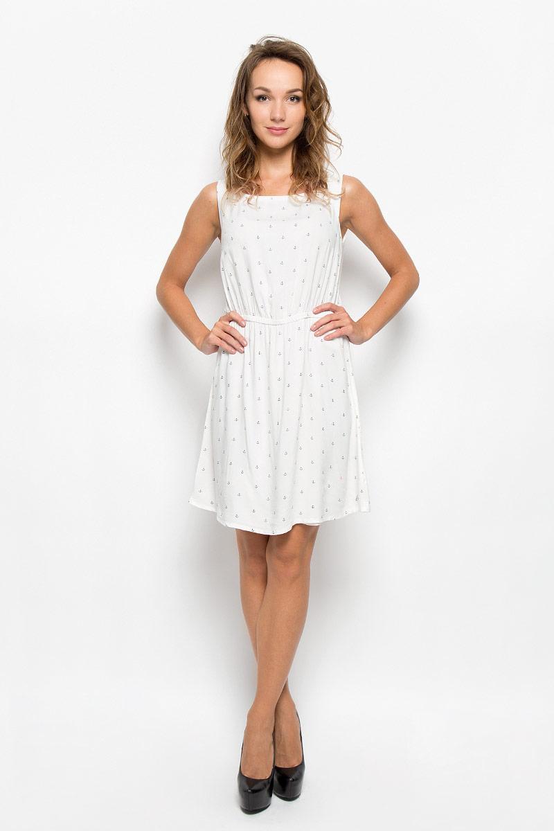 Платье Tom Tailor Denim, цвет: белый. 5019221.00.71_8005. Размер M (46)5019221.00.71_8005Модное платье Tom Tailor Denim, выполненное из вискозы, подчеркнет ваш уникальный стиль и поможет создать оригинальный женственный образ.Платье-миди с круглым вырезом горловины оформлено принтом с изображением якорей. Застегивается изделие на пуговицу, расположенную на спинке. На талии модель дополнена эластичной резинкой. Такое платье станет стильным дополнением к вашему гардеробу. Оно подчеркнет вашу индивидуальность.