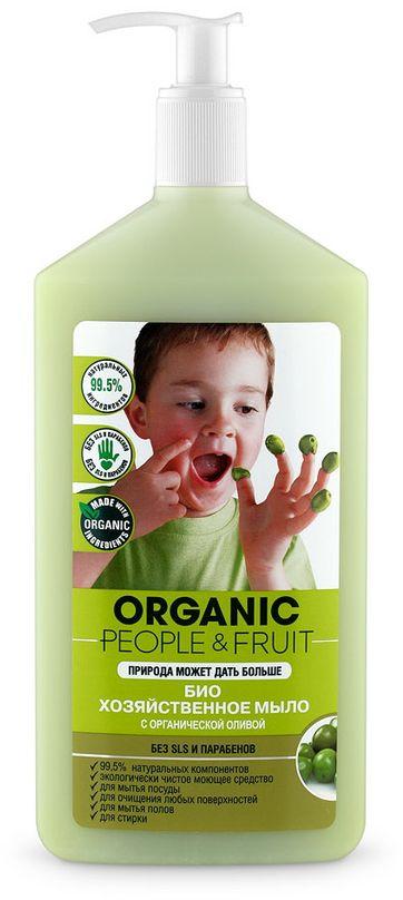 Мыло хозяйственное Organic People & Fruit, жидкое, с органической оливой, 500 мл071-42-6009Хозяйственное жидкое мыло Organic People & Fruit - это экологически чистое, многофункциональное и натуральное моющее средство для безопасной и эффективной уборки. Созданное на основе органического масла оливы, прекрасно и бережно очищает любые поверхности, сантехнику и все типы полов. Подходит для мытья посуды. Идеально для ручной стирки. Обладает нежным ароматом и образует обильную пену. Подходит для чувствительной кожи рук, увлажняет и питает ее, предотвращая раздражение. Не содержит опасных химических веществ: парабены, SLS, EDTA и NTA, нефтепродукты, фосфаты, фталаты, фенолы, сульфаты, формальдегид.Товар сертифицирован.
