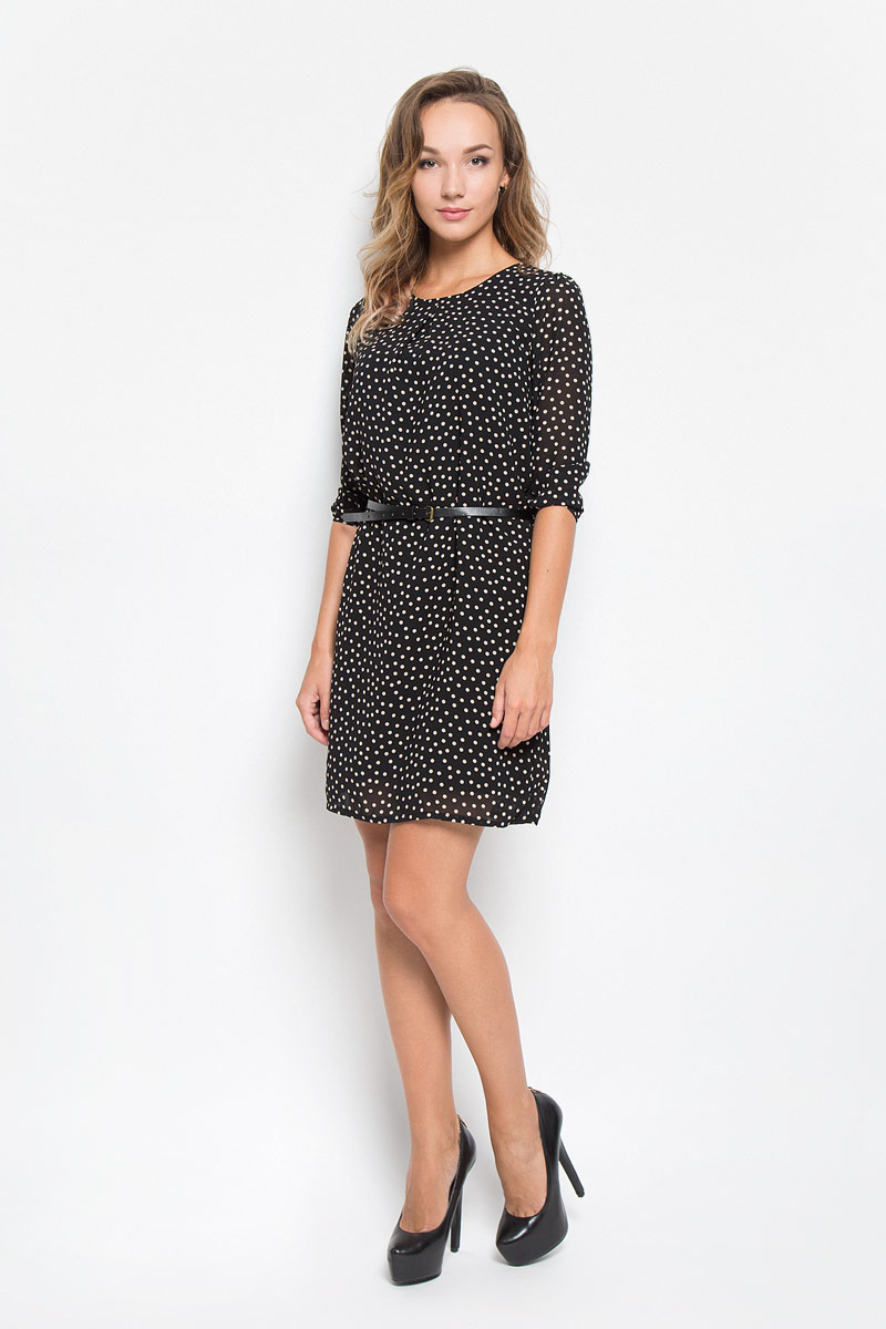 Платье Sela, цвет: черный. D-117/1043-6342. Размер XXL (52)D-117/1043-6342Элегантное платье Sela выполнено из высококачественного полиэстера. Такое платье обеспечит вам комфорт и удобство при носке и непременно вызовет восхищение у окружающих. Платье обладает высокой износостойкостью и отлично сидит по фигуре. Модель средней длины с рукавами 3/4 и круглым вырезом горловины выгодно подчеркнет все достоинства вашей фигуры. Платье застегивается на застежку-молнию на спинке и имеет непрозрачную подкладку из полиэстера. В комплект входит узкий ремень с металлической пряжкой. Изделие оформлено принтом в горох. Изысканное платье-миди создаст обворожительный и неповторимый образ.Это модное и комфортное платье станет превосходным дополнением к вашему гардеробу, оно подарит вам удобство и поможет подчеркнуть ваш вкус и неповторимый стиль.
