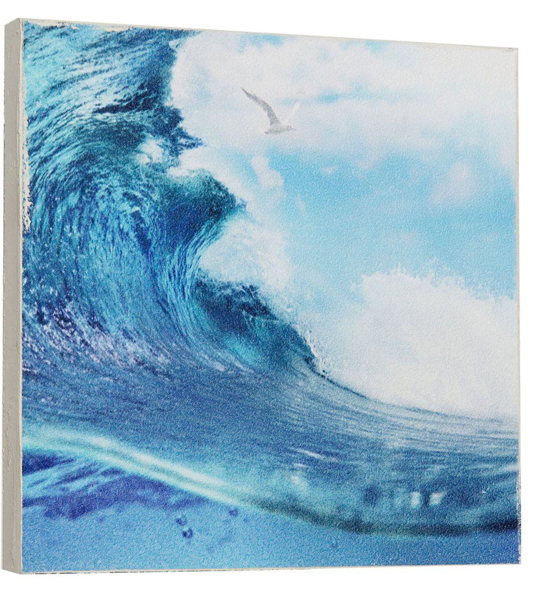 Картина Mister Poster Яркая морская волна, 22 х 22 см0298-22-22Картина Mister Poster - это высококачественная репродукция на деревянной раме. Лицевая поверхность имитирует штукатурку или натуральный холст, края окрашены вручную специальным декоративным составом.Современные технологии, уникальное оборудование и оригинальные чернила, используемые при изготовлении, делают постер устойчивым к выцветанию, а также гарантируют стойкость к воздействию негативных внешних факторов. Интерьер дома и офиса, в котором находится человек, в значительной степени влияет на его настроение и работоспособность. Правильное оформление интерьера создает благоприятный психологический климат, улучшает настроение и мотивирует. Добавьте «красок» в ваш интерьер и, возможно, в вашу жизнь.
