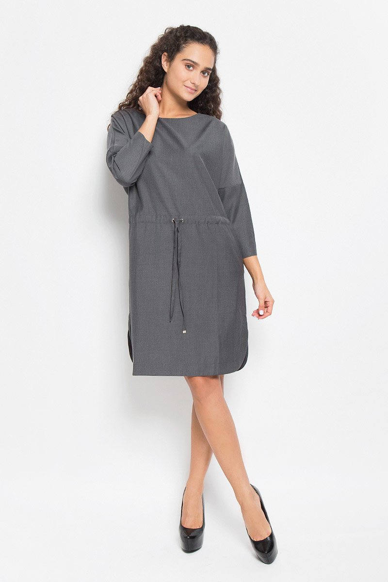 Платье Baon, цвет: серый. B442. Размер L (48)B442_MARENGO MELANGEЭлегантное платье Baon выполнено из полиэстера и вискозы. Такое платье обеспечит вам комфорт и удобство при носке и непременно вызовет восхищение у окружающих.Платье-миди с круглым вырезом горловины и рукавами-кимоно ? застегивается сзади на застежку-молнию. Линия талии дополнена шнурком-кулиской, а в боковых швах обработаны небольшие разрезы. Изысканное платье-миди создаст обворожительный и неповторимый образ.Это модное и комфортное платье станет превосходным дополнением к вашему гардеробу, оно подарит вам удобство и поможет подчеркнуть ваш вкус и неповторимый стиль.