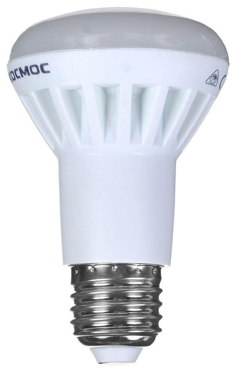 Светодиодная лампа Kosmos, теплый свет, цоколь E14, 7W, 220VLksm_LED7wCWE1430Декоративная лампа 7 Вт серии Космос LED является аналогом ламп накаливания 75 Вт.Использование архитектуры высокомощных LED-ламп в формфакторах малых моделей позволяет добиться лучших показателей светового потока (560 Лм) среди большинства рыночных аналогов.Декоративные лампы специально разработаны с учетом требований российских и европейских законов и подходят ко всем осветительным устройствам совместимым со стандартным цоколем E14 (миньон).Теплый белый оттенок света лампы отлично украсит вашу кухню или гостиную.В основе лампы используются светодиоды от мирового лидера Epistar.Срок службы светодиодной лампы до 30 000 часов. Гарантия 1 год