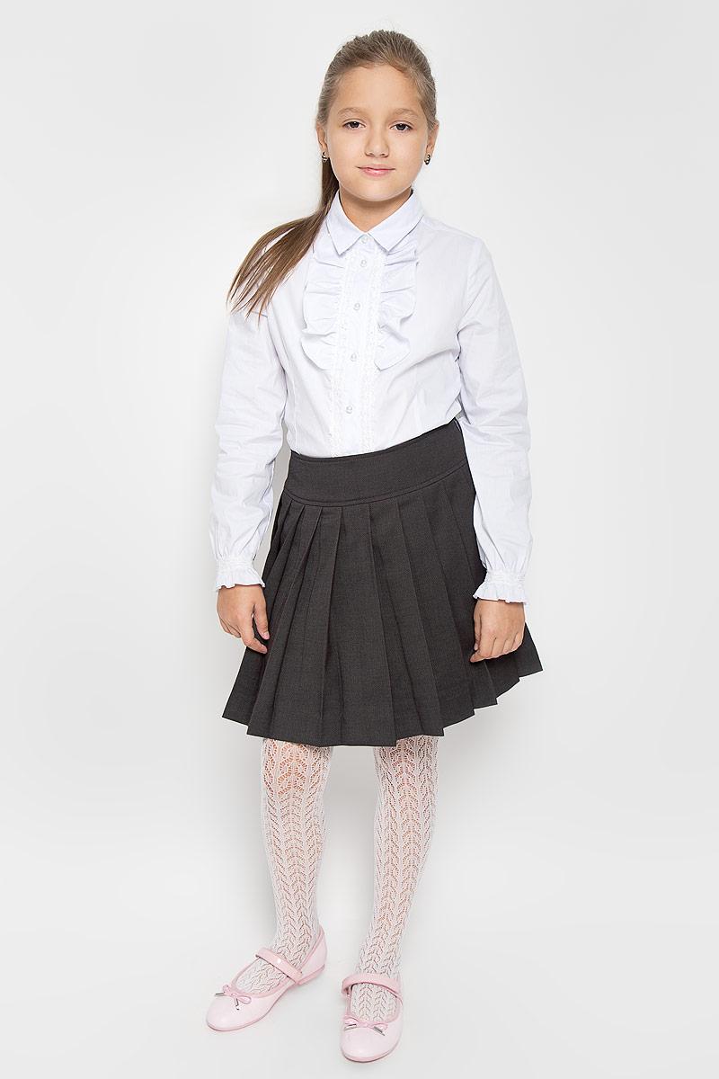 Юбка для девочки Gulliver, цвет: серый. 21502GSC6106. Размер 122, 6-7 лет21502GSC6106Стильная юбка в складку Gulliver идеально подойдет вашей маленькой принцессе. Изготовленная из полиэстера с добавлением вискозы и шерсти, она необычайно мягкая и приятная на ощупь, не сковывает движения малышки и позволяет коже дышать, не раздражает даже самую нежную и чувствительную кожу ребенка, обеспечивая ему наибольший комфорт. Юбка на талии имеет широкий пояс. Сбоку застегивается на молнию, с внутренней стороны пояс регулируется резинкой на пуговице.Оригинальный современный дизайн и модная расцветка делают эту юбку модным и стильным предметом детского гардероба. В ней ваша малышка всегда будет в центре внимания!