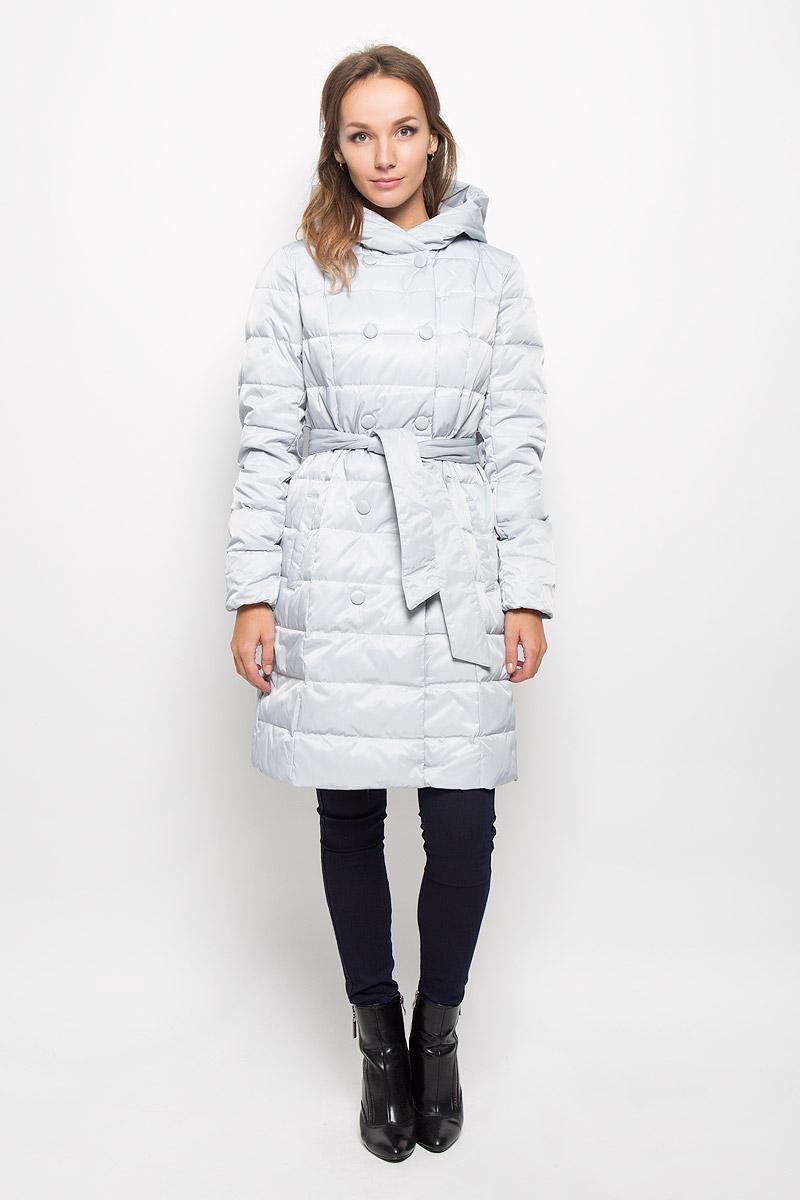 Пальто женcкое Sela, цвет: серый. Ced-126/651-6414_м280231002. Размер M (46)Ced-126/651-6414_м280231002Удобное и теплое женское пальто Sela согреет вас в прохладную погоду и позволит выделиться из толпы. Удлиненная модель с длинными рукавами и с капюшоном выполнена из прочного полиэстера с наполнителем из пуха и пера. Изделие дополнено двумя втачными карманами и широким поясом на талии, который можно завязать. Подкладка из полиэстера надежно сохранят тепло, благодаря чему такое пальто защитит вас от ветра и холода. Это модное и комфортное пальто - отличный вариант для прогулок, оно подчеркнет ваш изысканный вкус и поможет создать неповторимый образ.