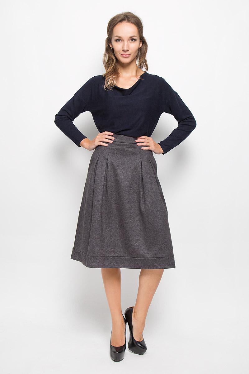 Юбка Baon, цвет: темно-серый. B476522. Размер S (44)B476522Эффектная юбка Baon, выполненная из полиэстера и шерсти, обеспечит вам комфорт и удобство при носке. Изделие дополнено тонкой подкладкой из полиэстера.Юбка средней длины застегивается сзади на металлическую застежку-молнию. Модель спереди дополнена крупными складками. В боковых швах обработаны втачные карманы. Такая юбка-миди выгодно освежит и разнообразит ваш гардероб. Создайте женственный образ и подчеркните свою яркую индивидуальность!