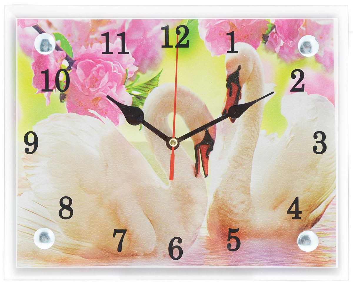 Часы настенные Proffi Home Лебеди, 20 х 25 смВ994Настенные кварцевые часы Proffi Home Лебеди, изготовленные из ДВП и стекла, прекрасно подойдут под интерьер вашего дома. Прямоугольные часы имеют три стрелки: часовую, минутную и секундную. Часы оснащены металлической петелькой для подвешивания. Часы работают от 1 батарейки типа АА напряжением 1,5 В (не входит в комплект).Размер часов: 20 х 25 х 3,5 см.