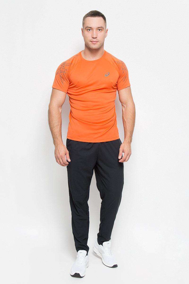 Футболка для бега мужская Asics Ss Asics Stripe Top, цвет: оранжевый. 126236-6002. Размер S (46/48)126236-6002Стильная мужская футболка для бега Asics  Ss Asics Stripe Top, выполненная из переработанного полиэстера, обладает высокой теплопроводностью, воздухопроницаемостью и гигроскопичностью и великолепно отводит влагу, оставляя тело сухим даже во время интенсивных тренировок. Такая футболка превосходно подойдет для занятий спортом и активного отдыха. Модель с короткими рукавами-реглан и круглым вырезом горловины - идеальный вариант для занятий спортом. Рукава-реглан обеспечат свободу движений. Футболка оформлена светоотражающим логотипом спереди и светоотражающими элементами на рукавах.Такая модель подарит вам комфорт в течение всего дня и послужит замечательным дополнением к вашему гардеробу.